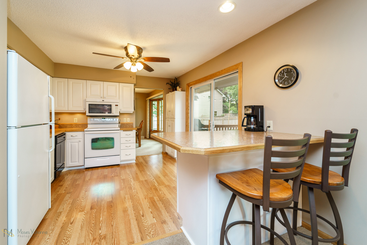 8430-spring-lake-road-mounds view-kitchen3.jpg
