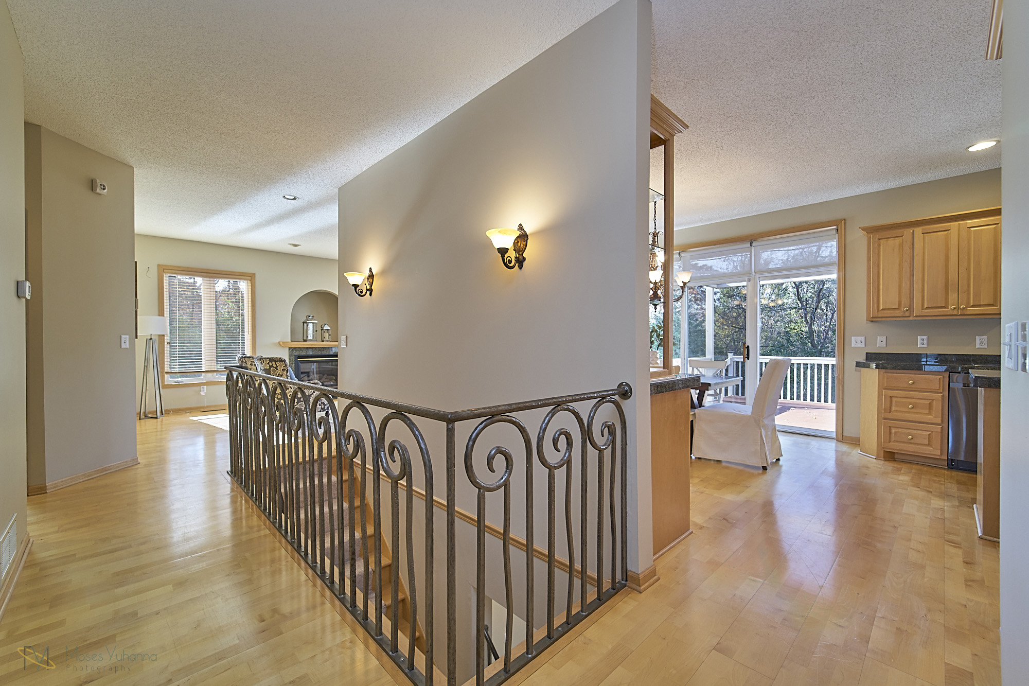 13770-Cottonwood-St-NW-Andover 3 entry.jpg