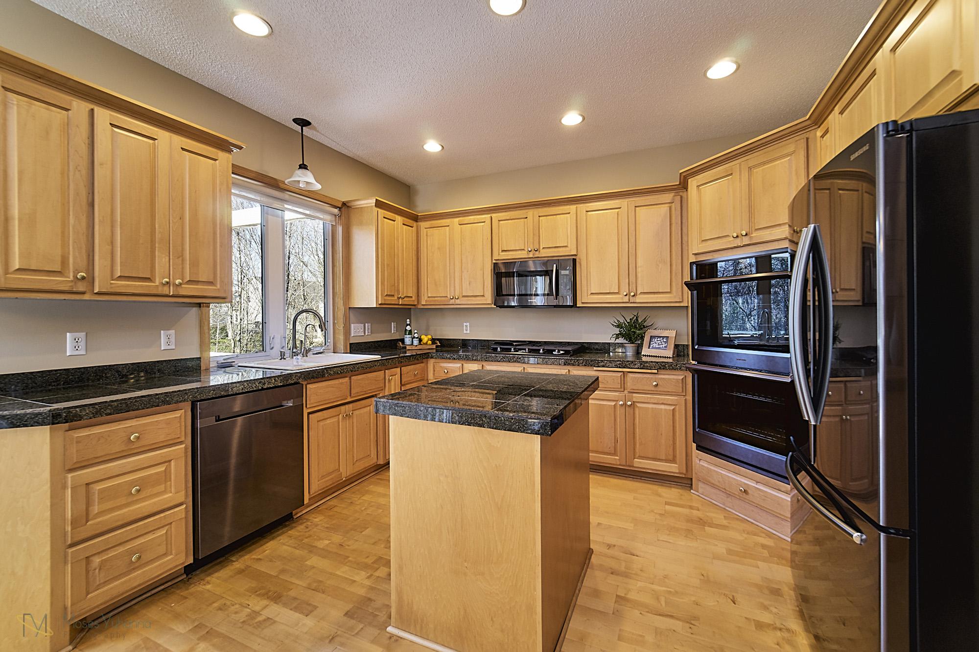 13770-Cottonwood-St-NW-Andover 9 kitchen.jpg