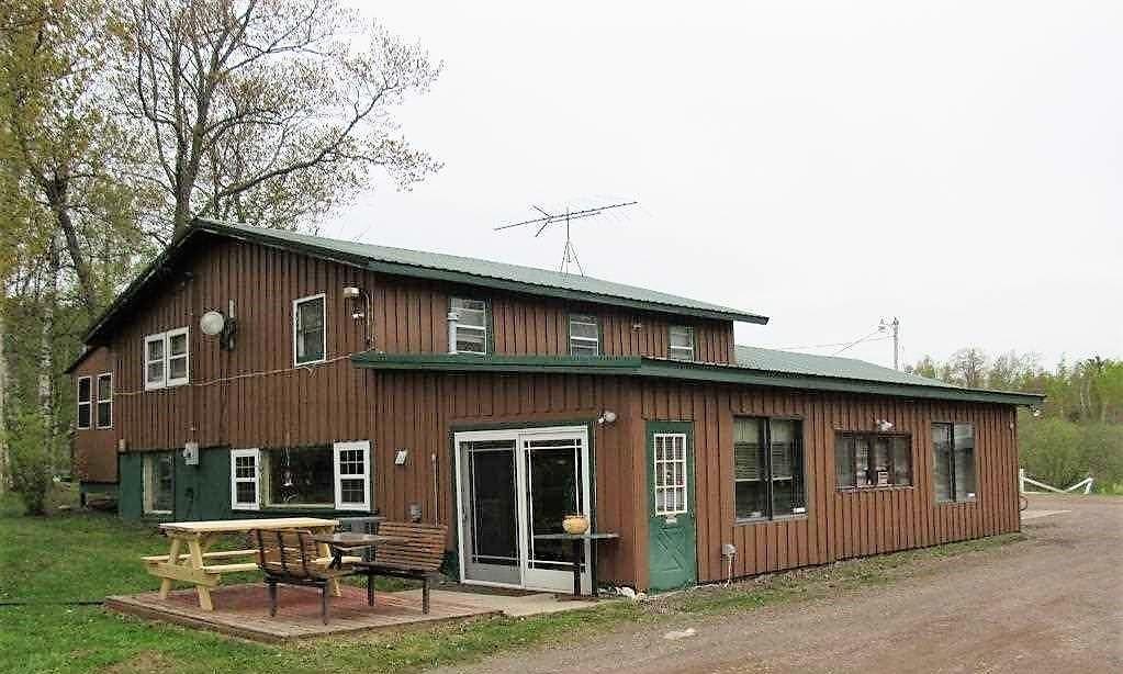 6 Restaurant and Residence.jpg