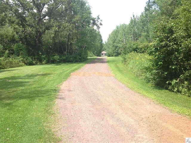 3773-skog-road-kettle river-driveway.JPG