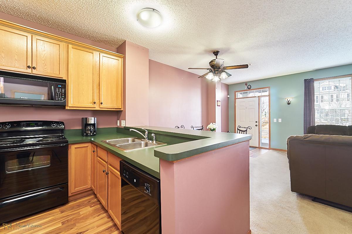 14645-rhinestone-street-nw-ramsey-mn-kitchen2.jpg