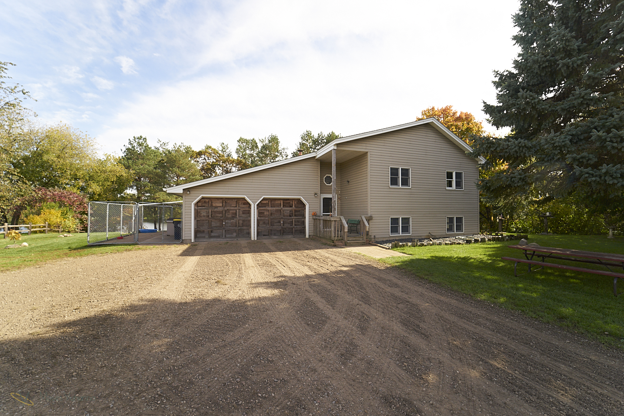 28431-jeffery-avenue-chisago-city-mn-front.jpg