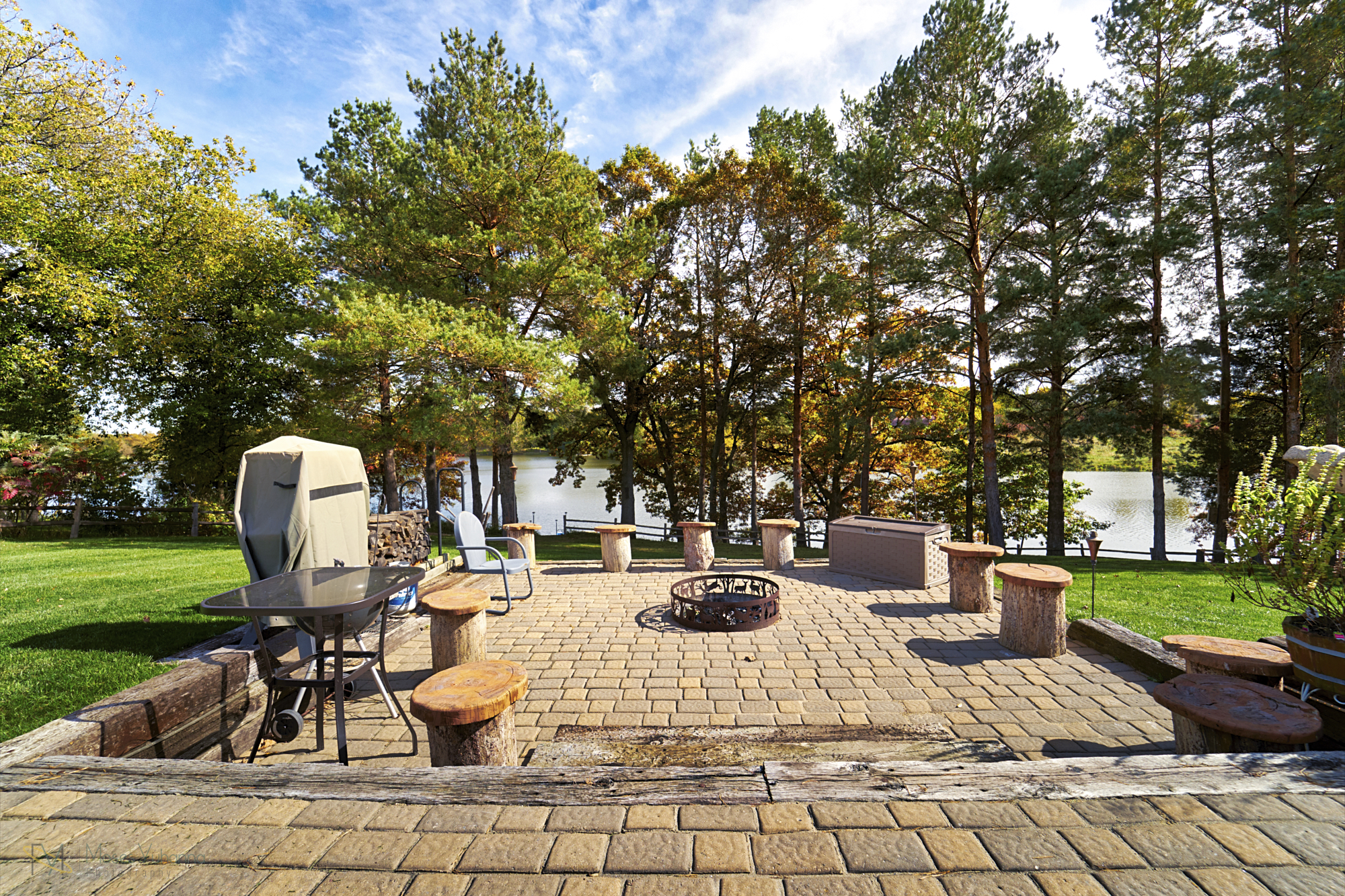 28431-jeffery-avenue-chisago-city-mn-patio2.jpg