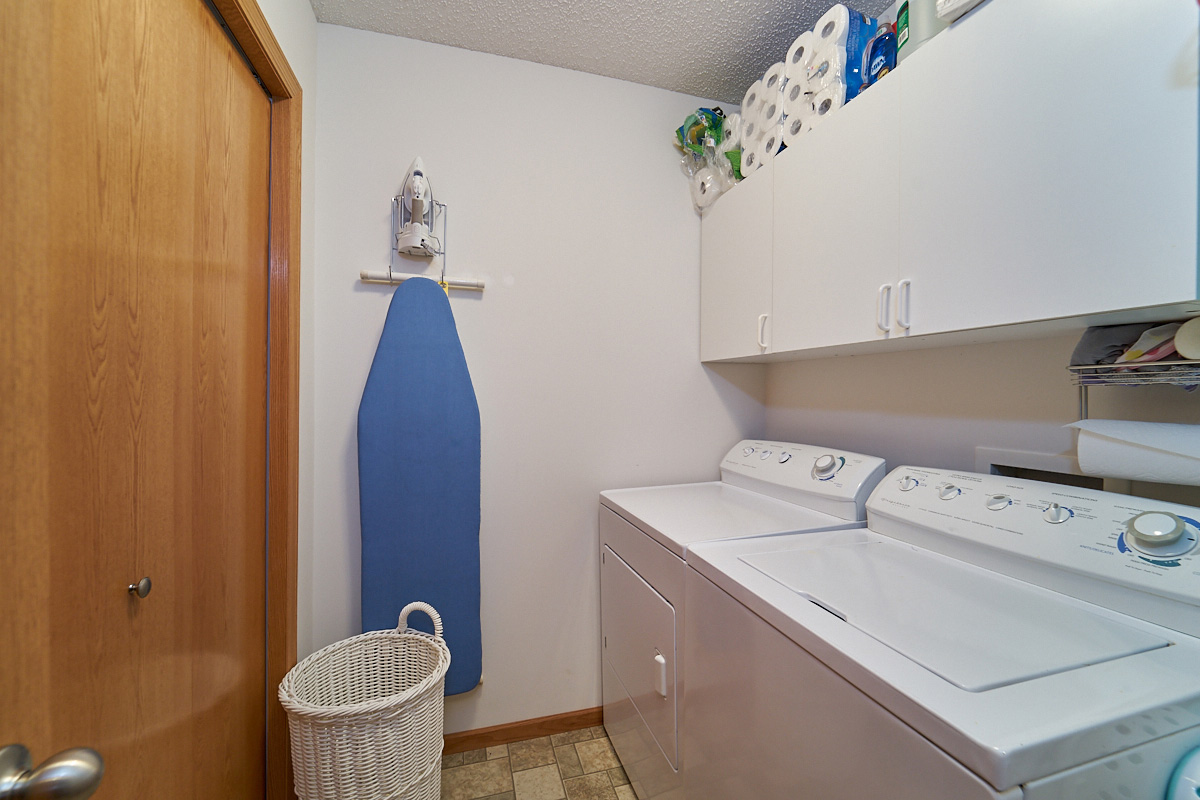 12597-thrush-street-nw-coon-rapids-mn-laundry.jpg