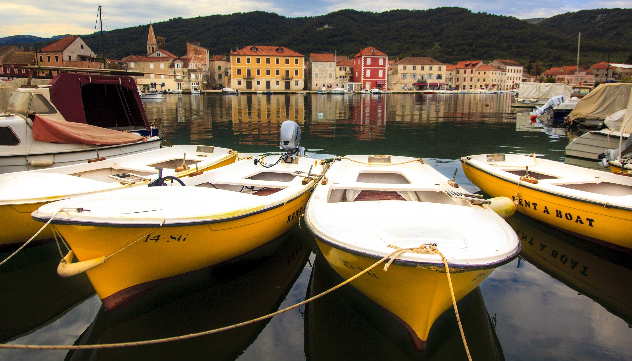 Hvar boats on a rest day