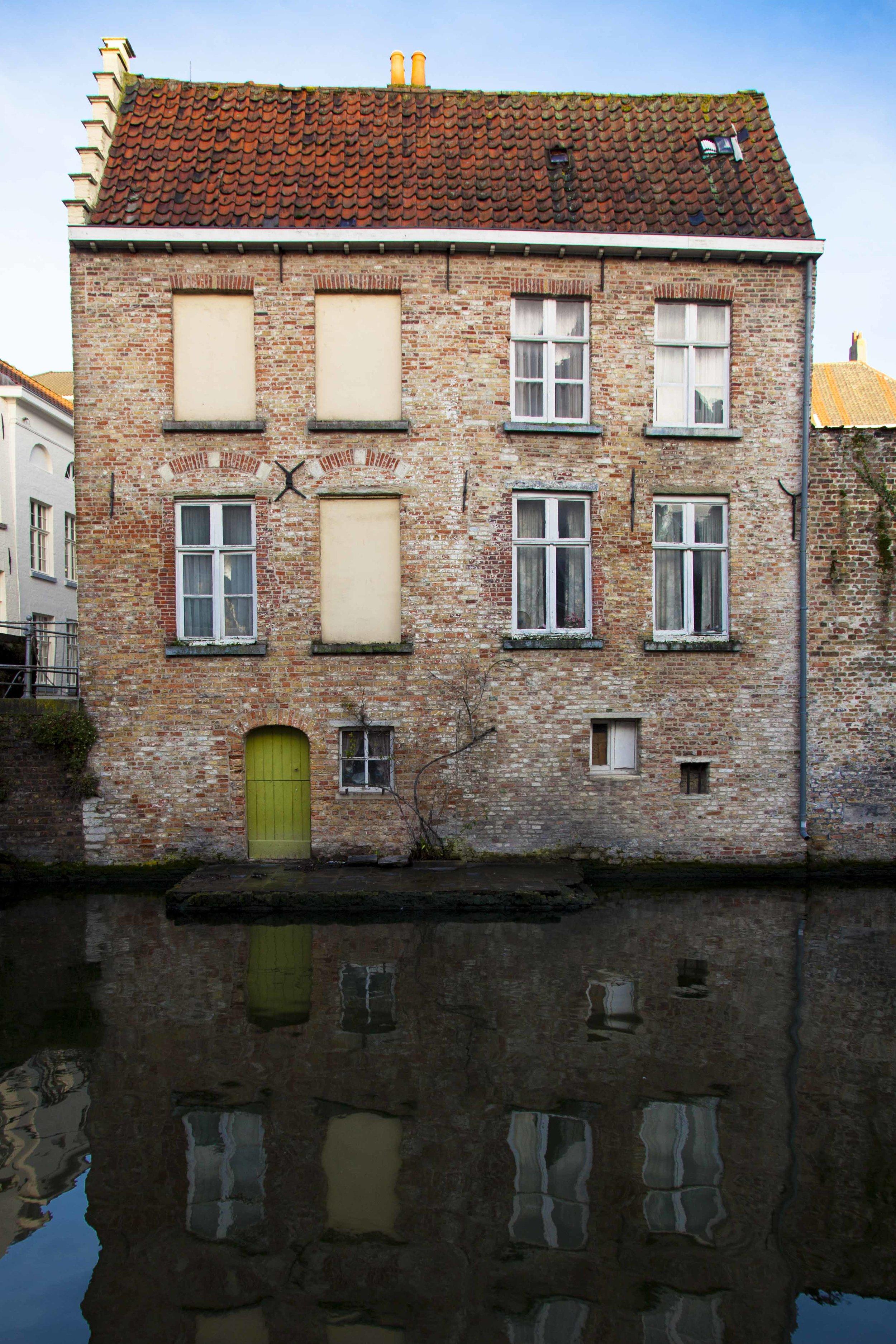 Green Door - Brugge