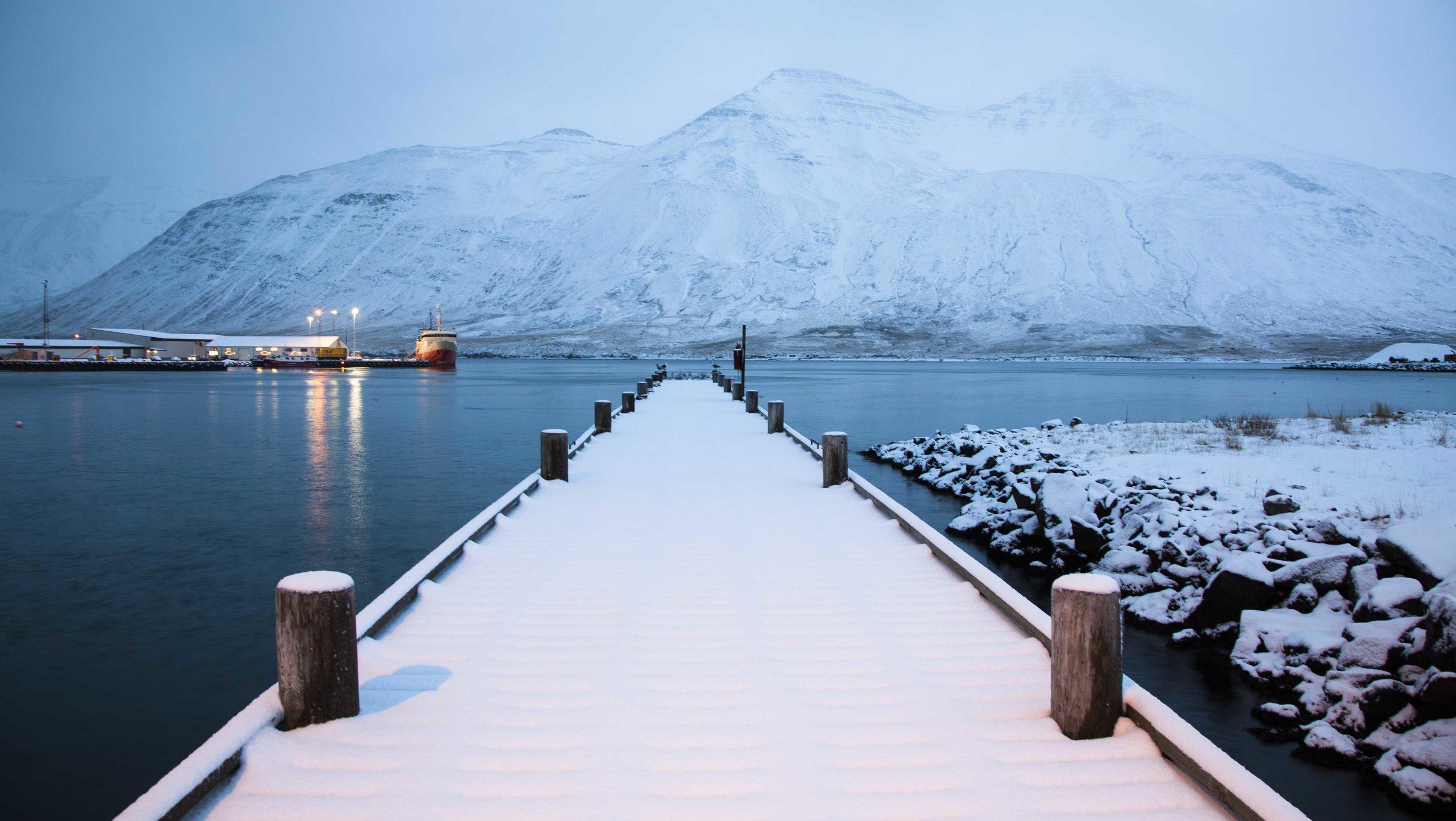 Siglufjörđur's falling snow
