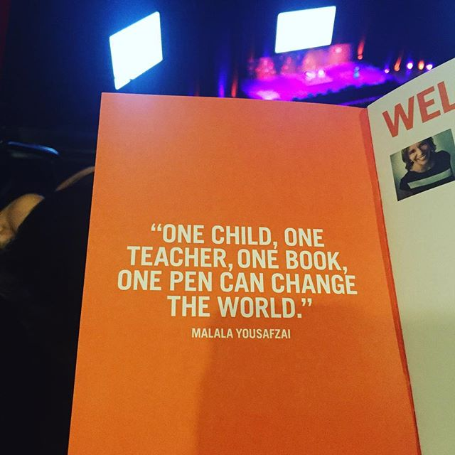 Waiting to be inspired by Malala Yousafzai with @teachers4teachers.publications 🙌🏼 #girlseducation #teachersofinstagram #malala18