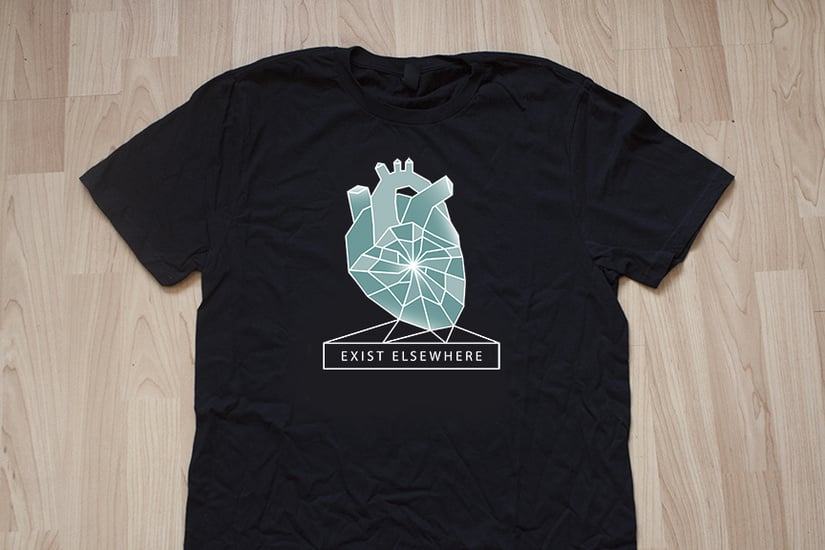 10998-7965049-ee-tshirt.jpg