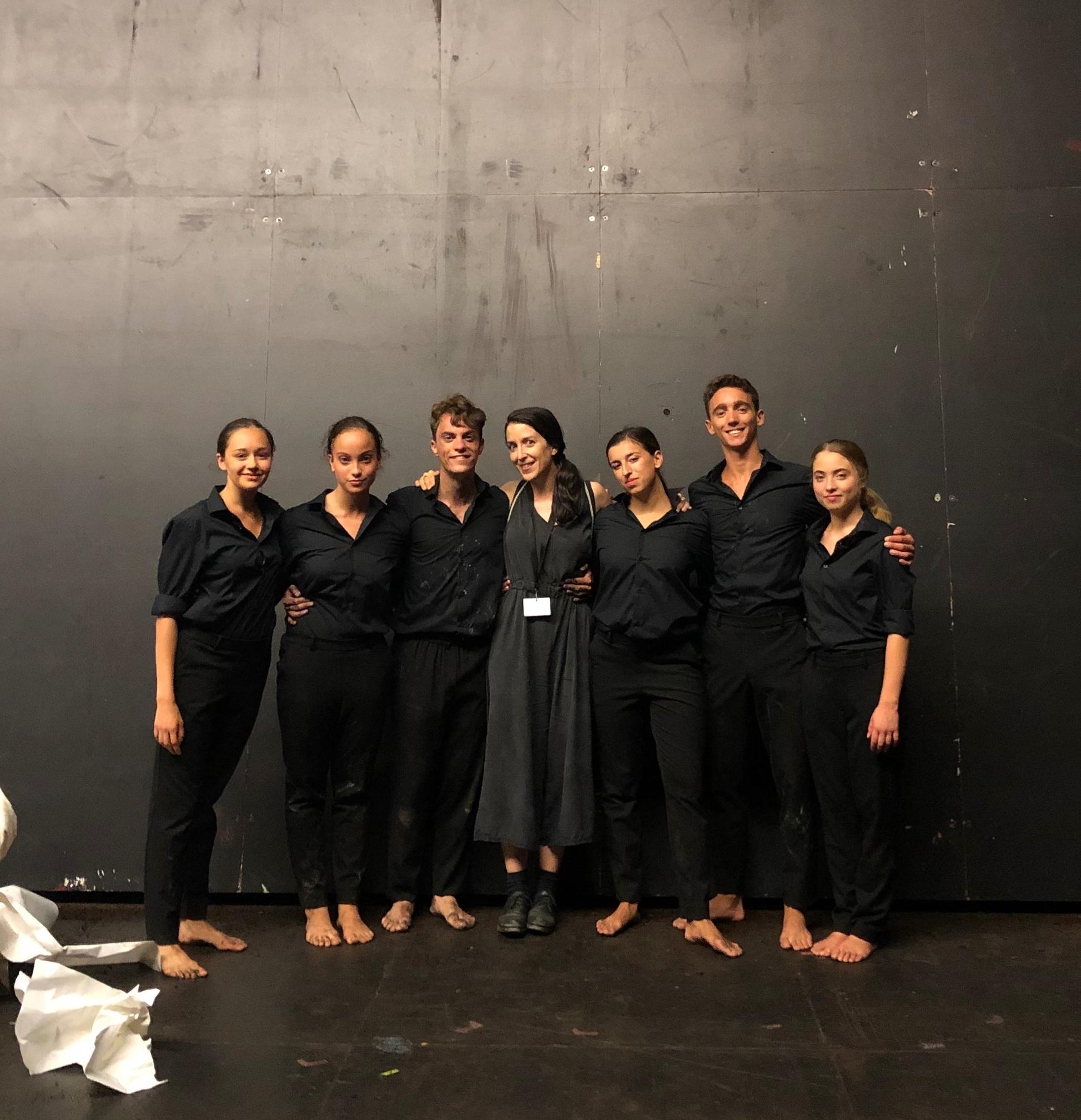 Les étudiants-danseurs de DNSP2 avec Evelin Facchini, chorégraphe