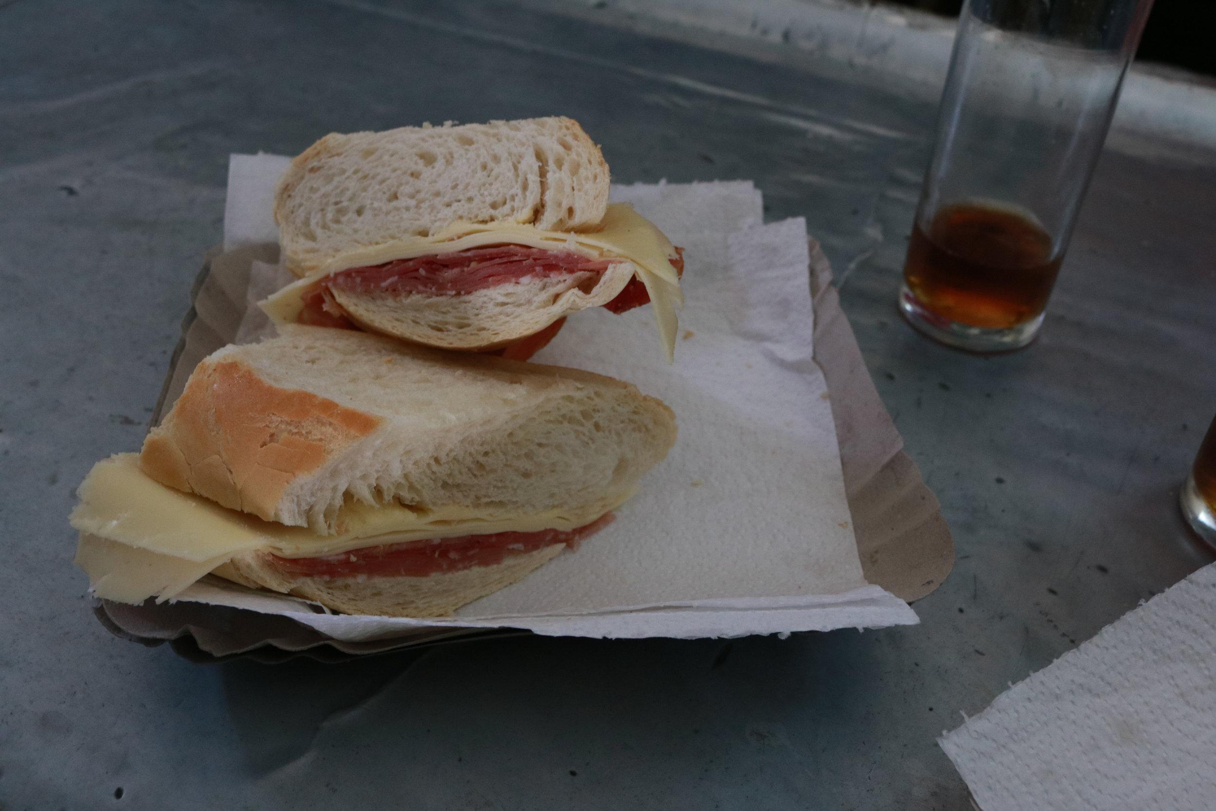 Los Mejores sandwiches de Jamon Crudo de Cordoba