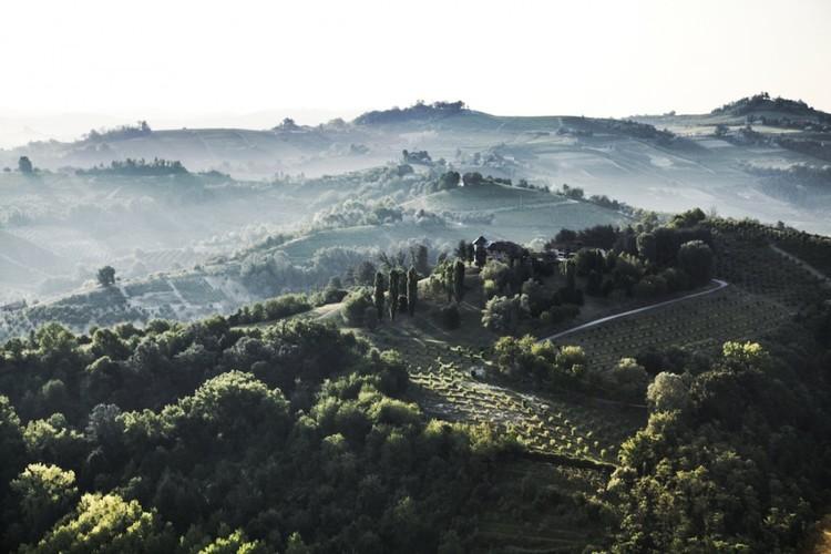 ITALIAN VILLA LIFE, PIEMONTE, ITALY with JAN HENDRIK