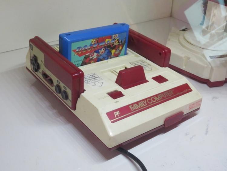 Note the Rockman (Japanese Megaman) cartridge.
