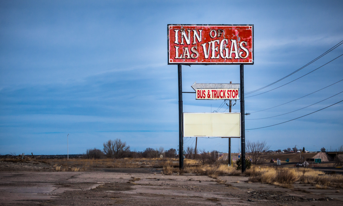 This sign makes the Inn of Las Vegas look like it must have been the awesomest place on earth. Sadly we'll never know.
