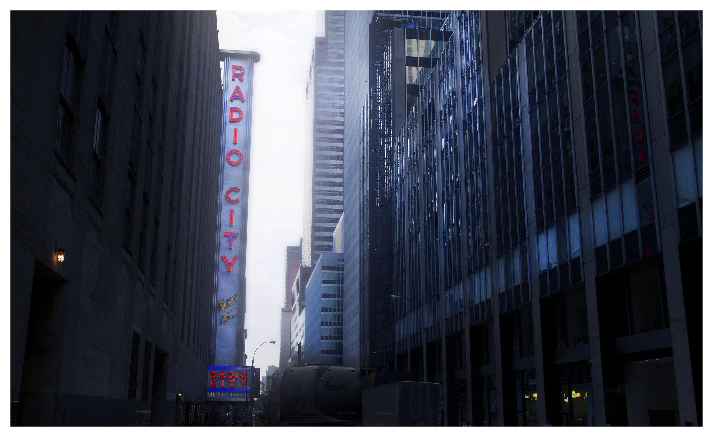 Gloomy Radio City