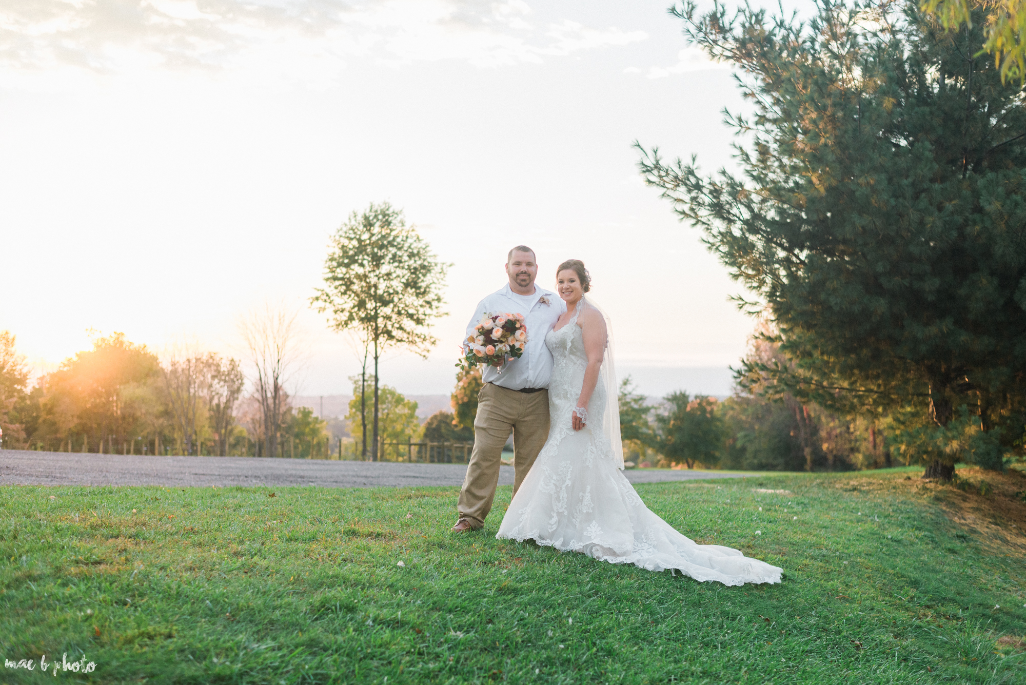 Sarah & Dustin's Rustic Chic Barn Wedding at Hartford Hill Winery in Hartford, Ohio by Mae B Photo-85.jpg