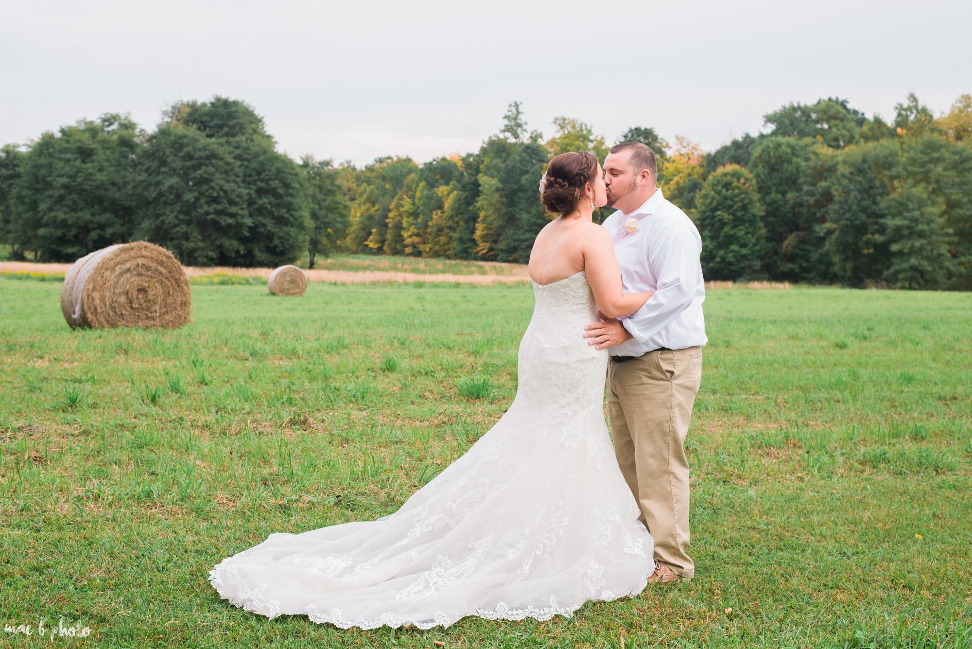 Sarah & Dustin's Rustic Chic Barn Wedding at Hartford Hill Winery in Hartford, Ohio by Mae B Photo-64.jpg