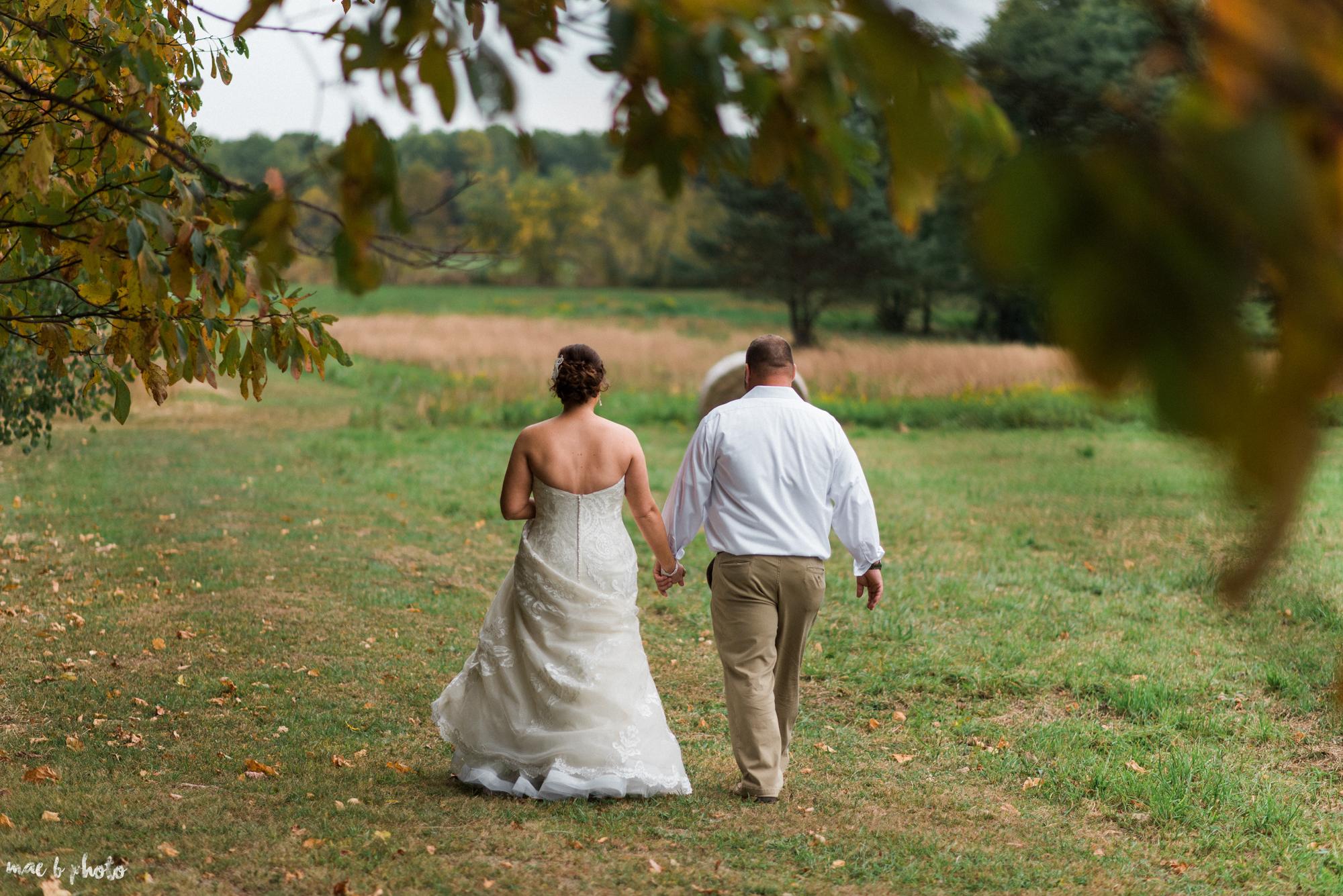 Sarah & Dustin's Rustic Chic Barn Wedding at Hartford Hill Winery in Hartford, Ohio by Mae B Photo-70.jpg
