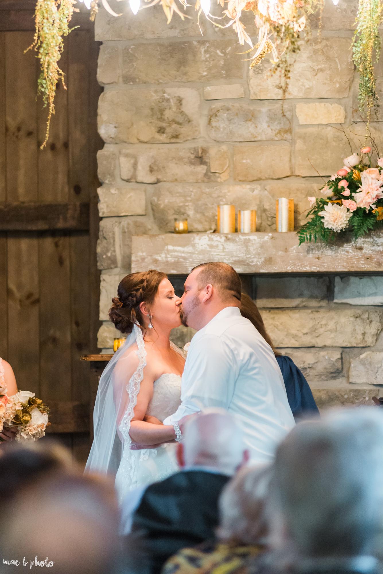 Sarah & Dustin's Rustic Chic Barn Wedding at Hartford Hill Winery in Hartford, Ohio by Mae B Photo-48.jpg