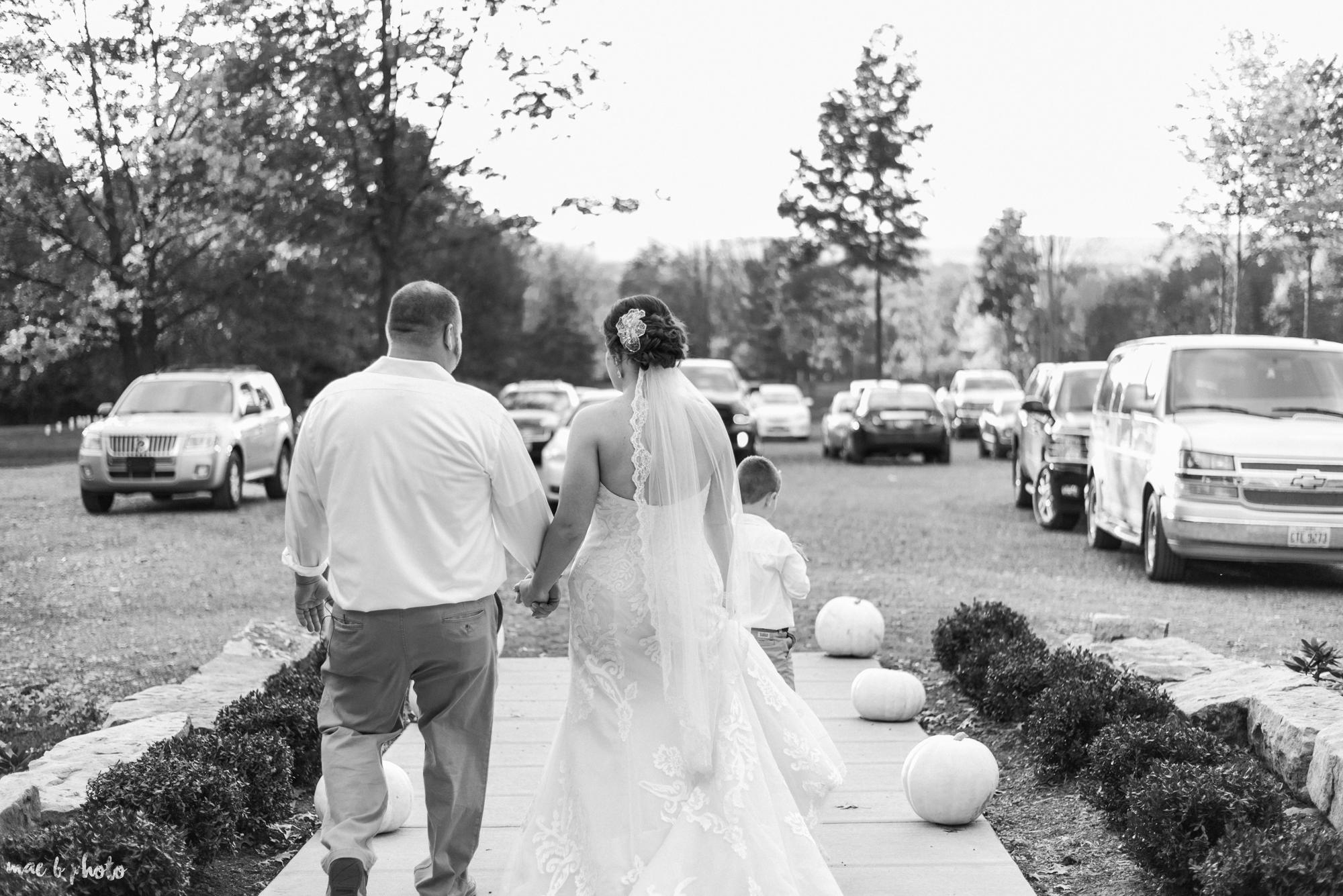 Sarah & Dustin's Rustic Chic Barn Wedding at Hartford Hill Winery in Hartford, Ohio by Mae B Photo-50.jpg