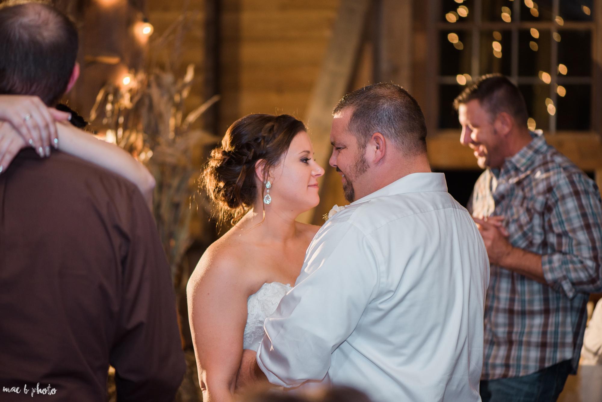 Sarah & Dustin's Rustic Chic Barn Wedding at Hartford Hill Winery in Hartford, Ohio by Mae B Photo-119.jpg