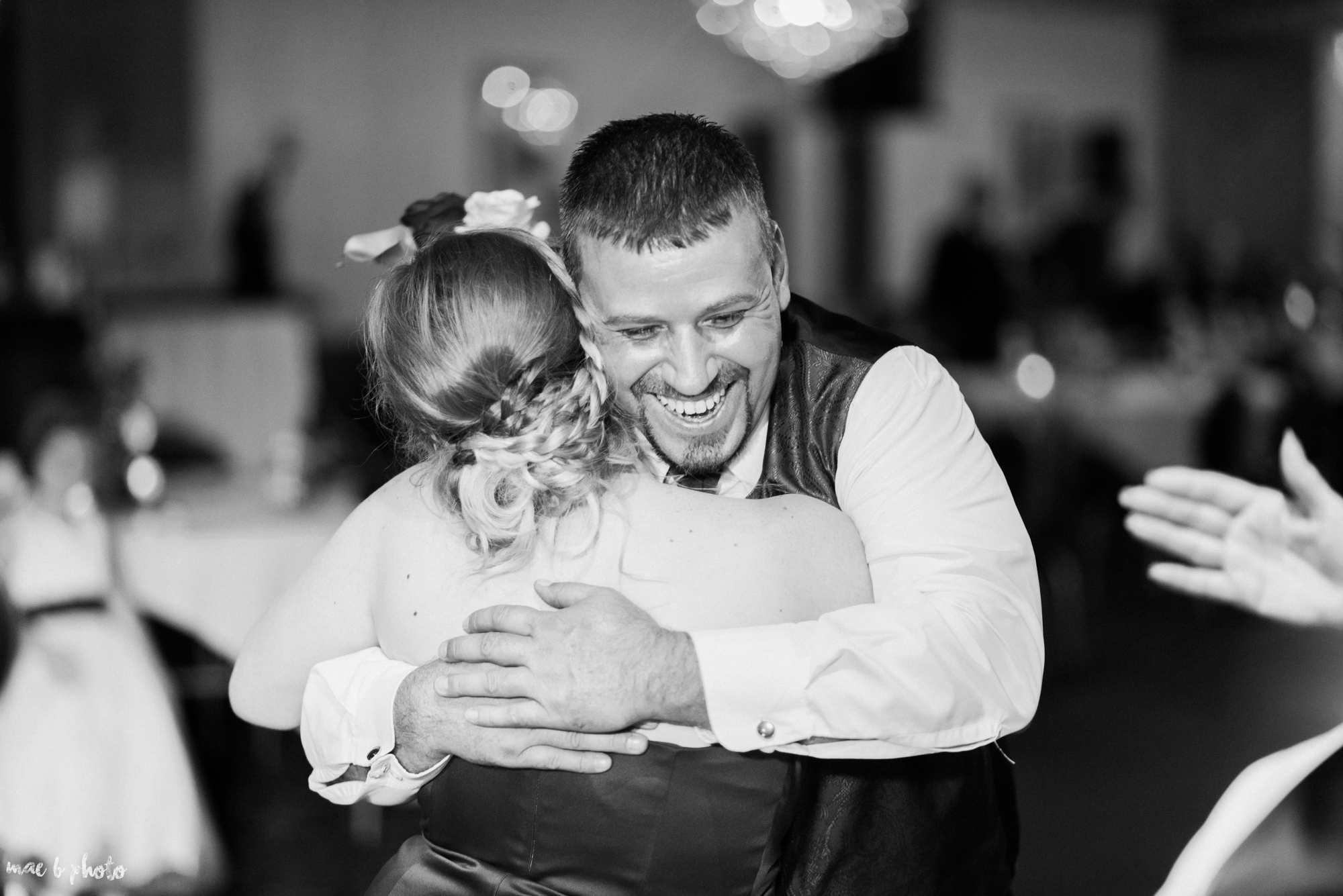 tracey and aaron's personal fall wedding at tiffany's banquet center in brookfield ohio-116.jpg