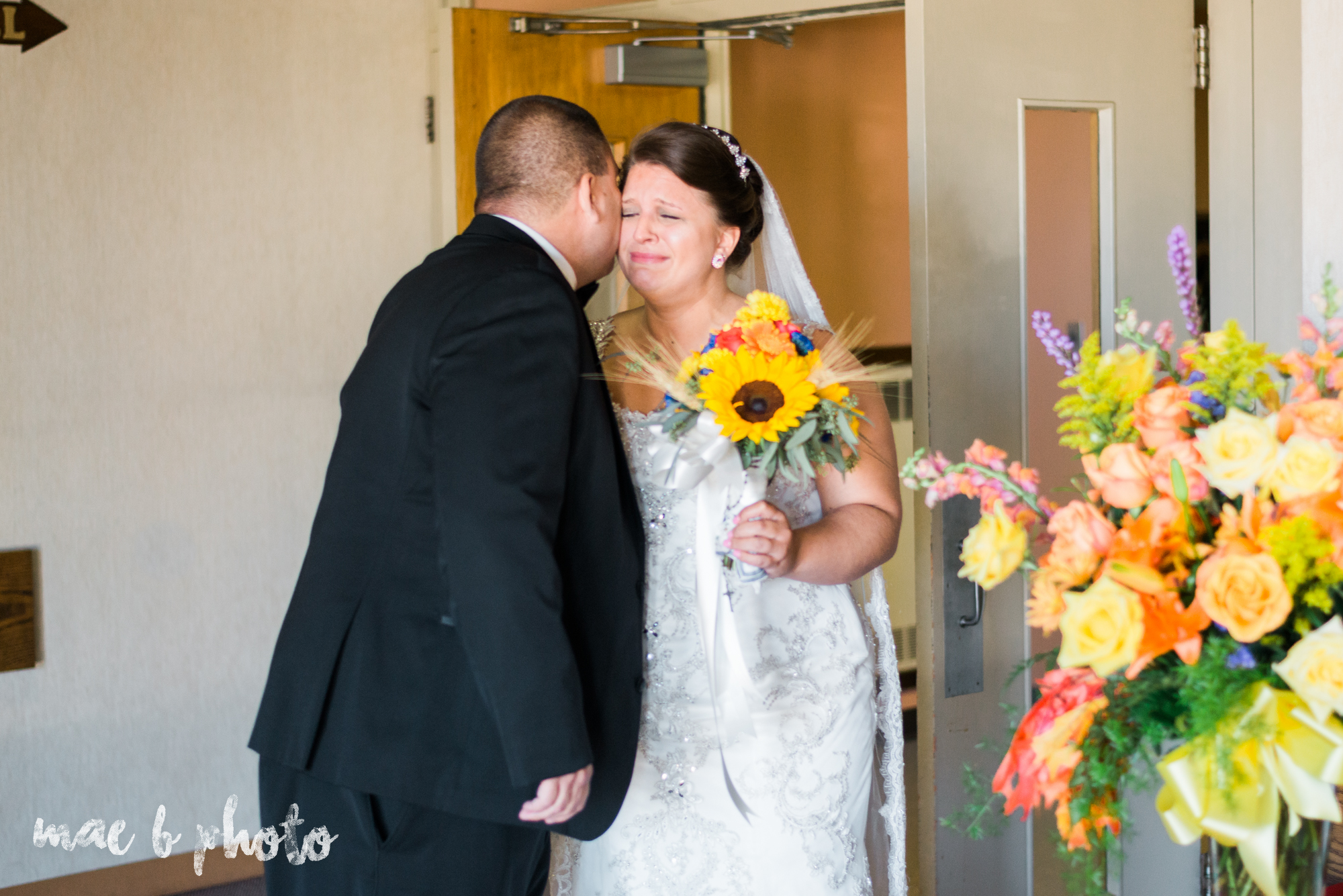 kaylynn & matt's fall zoo wedding at the cleveland metroparks zoo in cleveland ohio photographed by mae b photo-4.jpg