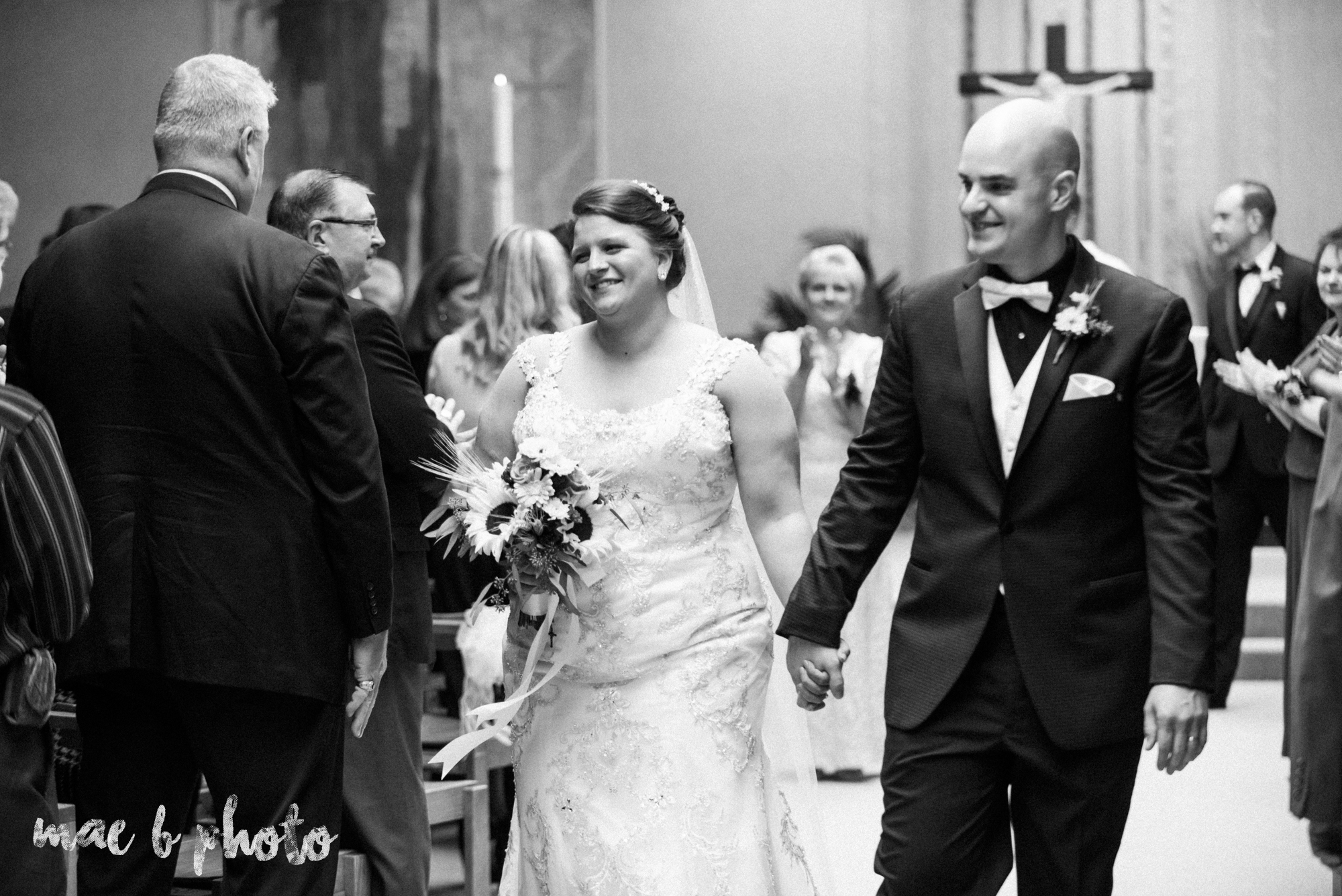 kaylynn & matt's fall zoo wedding at the cleveland metroparks zoo in cleveland ohio photographed by mae b photo-11.jpg