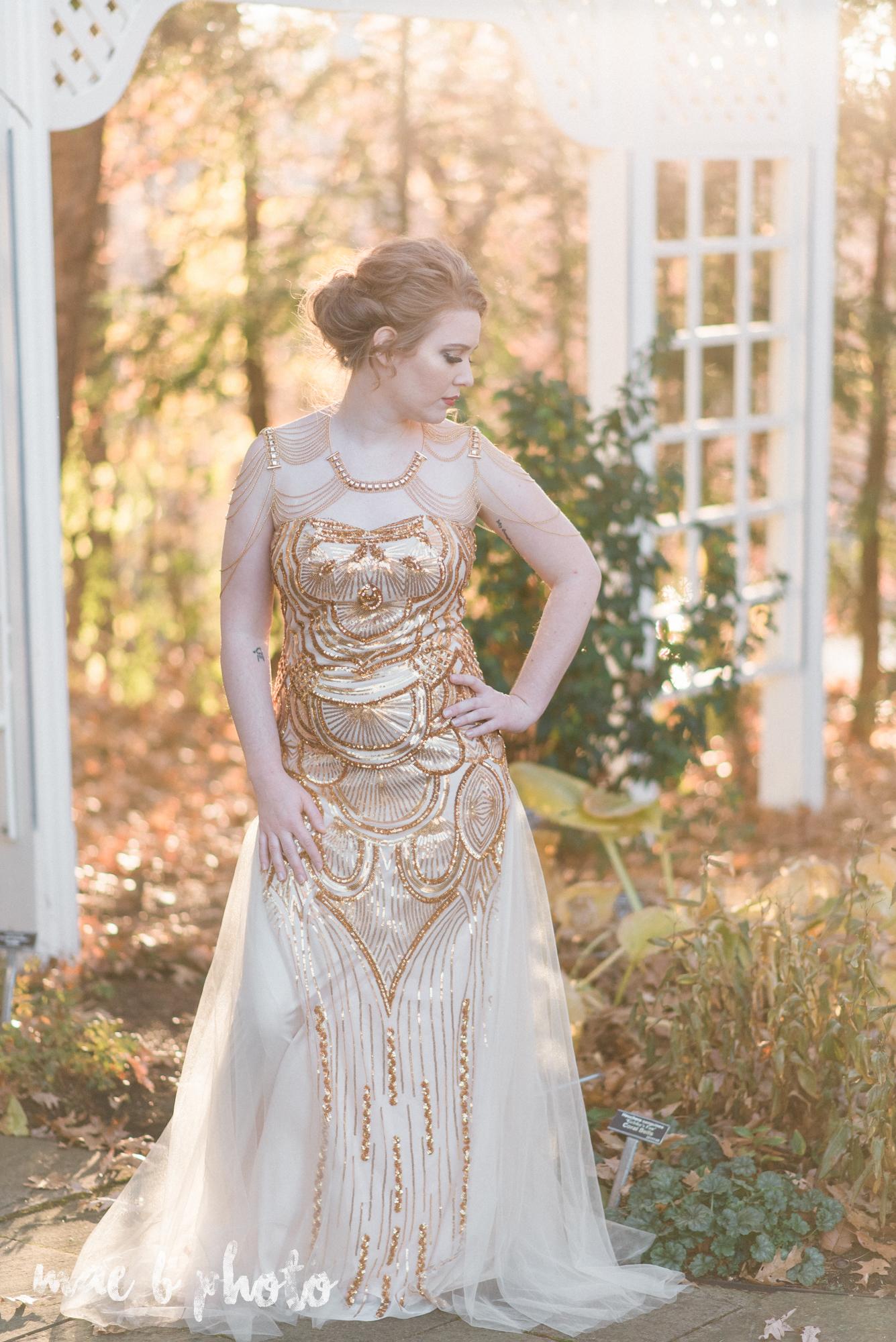 great gatsby inspired golden hour shoot in mill creek park-26.jpg