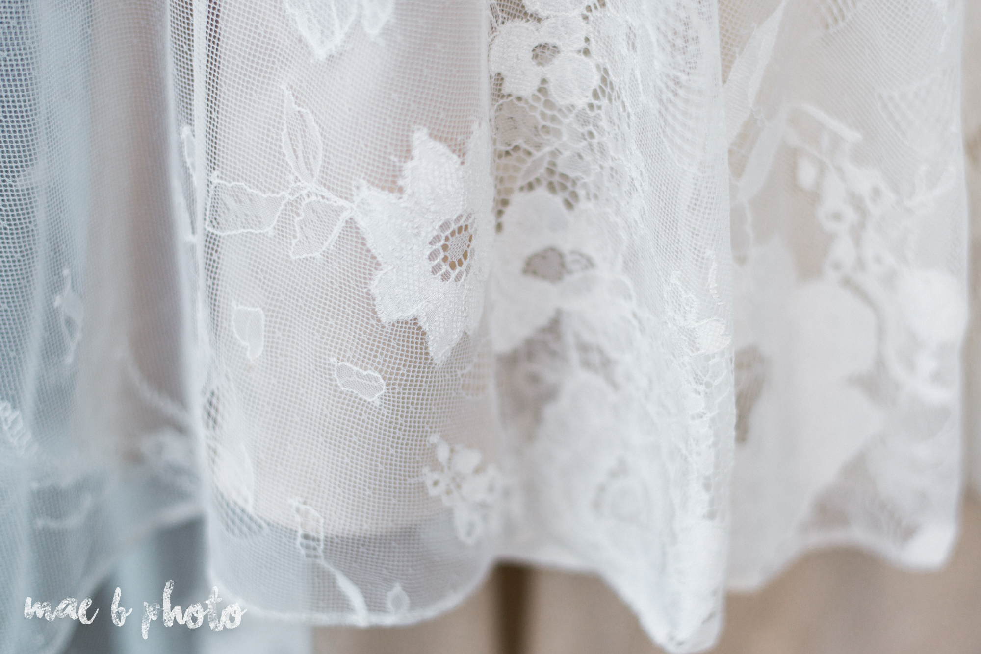 classic romantic summer wedding shoot at the mooreland mansion in cleveland ohio photographed by youngstown wedding photographer mae b photo-3.jpg
