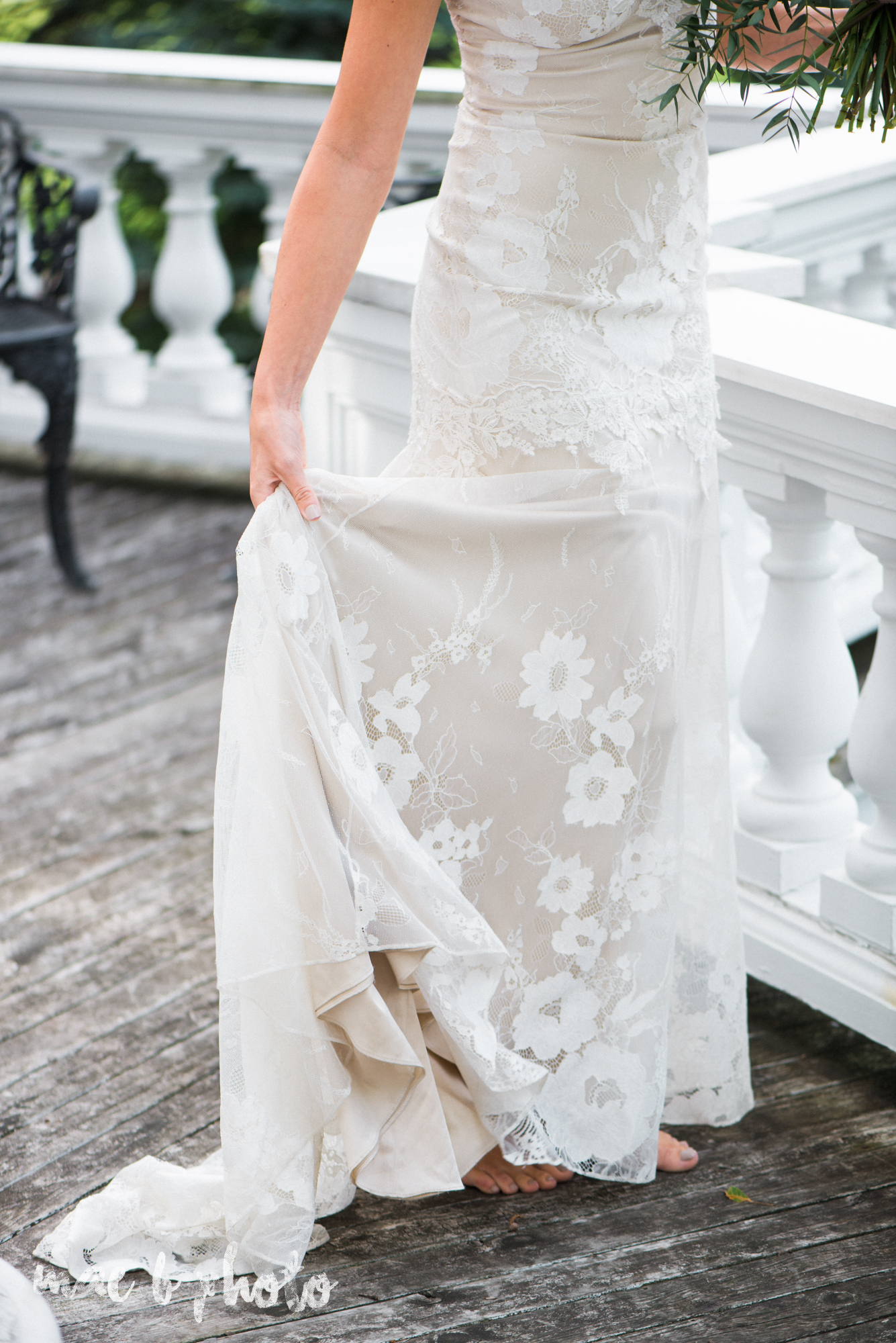 classic romantic summer wedding shoot at the mooreland mansion in cleveland ohio photographed by youngstown wedding photographer mae b photo-46.jpg