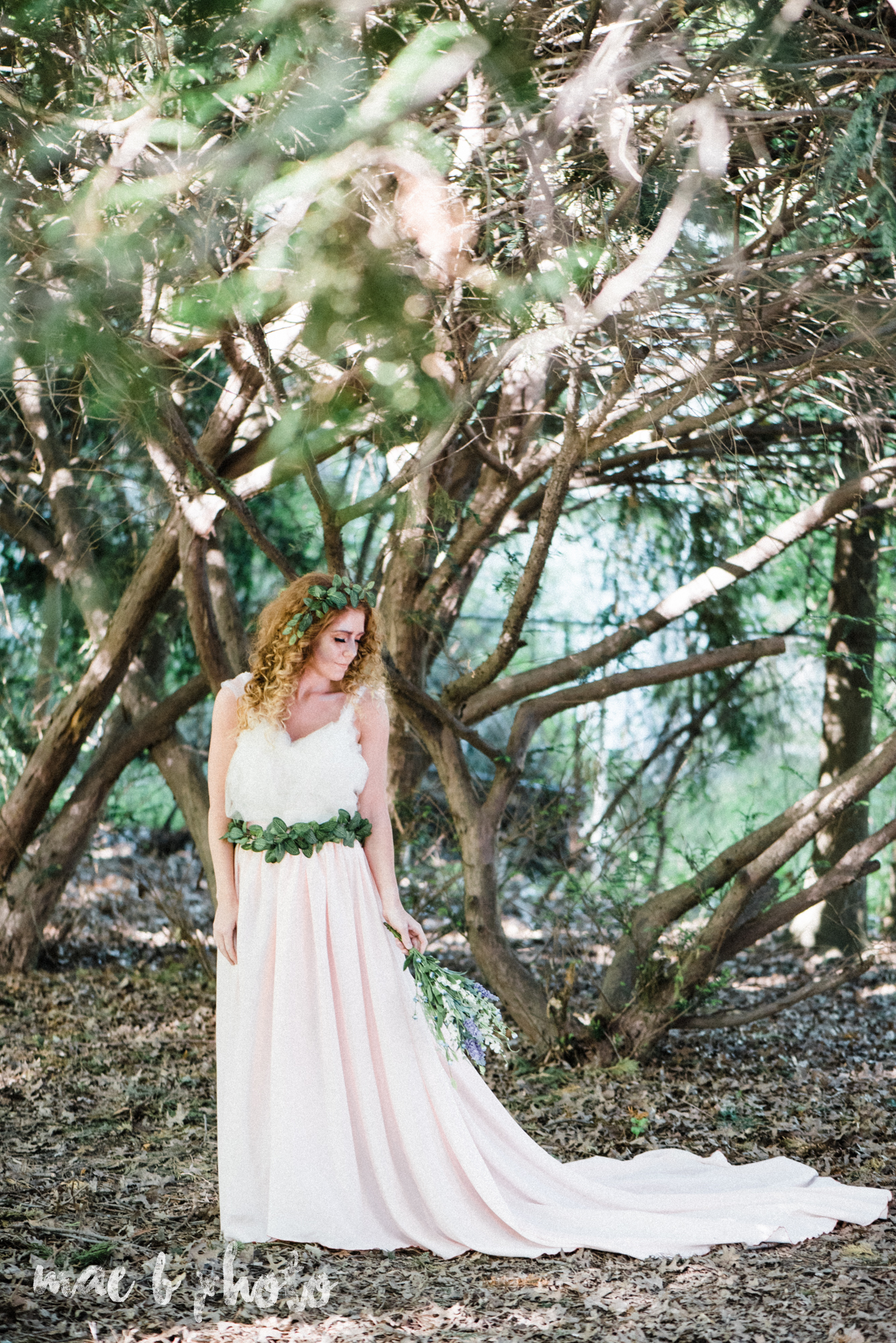 woodland inspired styled shoot in canfield ohio by youngstown wedding photographer mae b photo-14.jpg