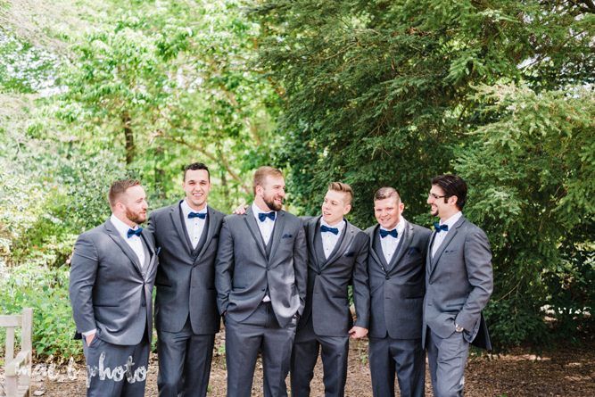 spring wedding at the davis center and rose gardens in mill creek park in youngstown ohio photographed by cleveland wedding photographer mae b photo-1.jpg