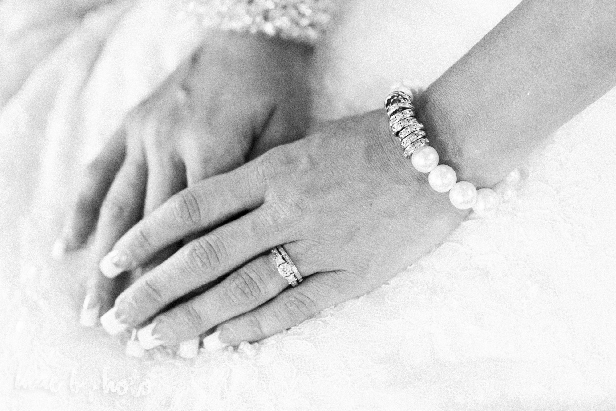 kristy and matt's summer wedding at the embassy in youngstown ohio photographed by youngstown wedding photographer mae b photo-8.jpg