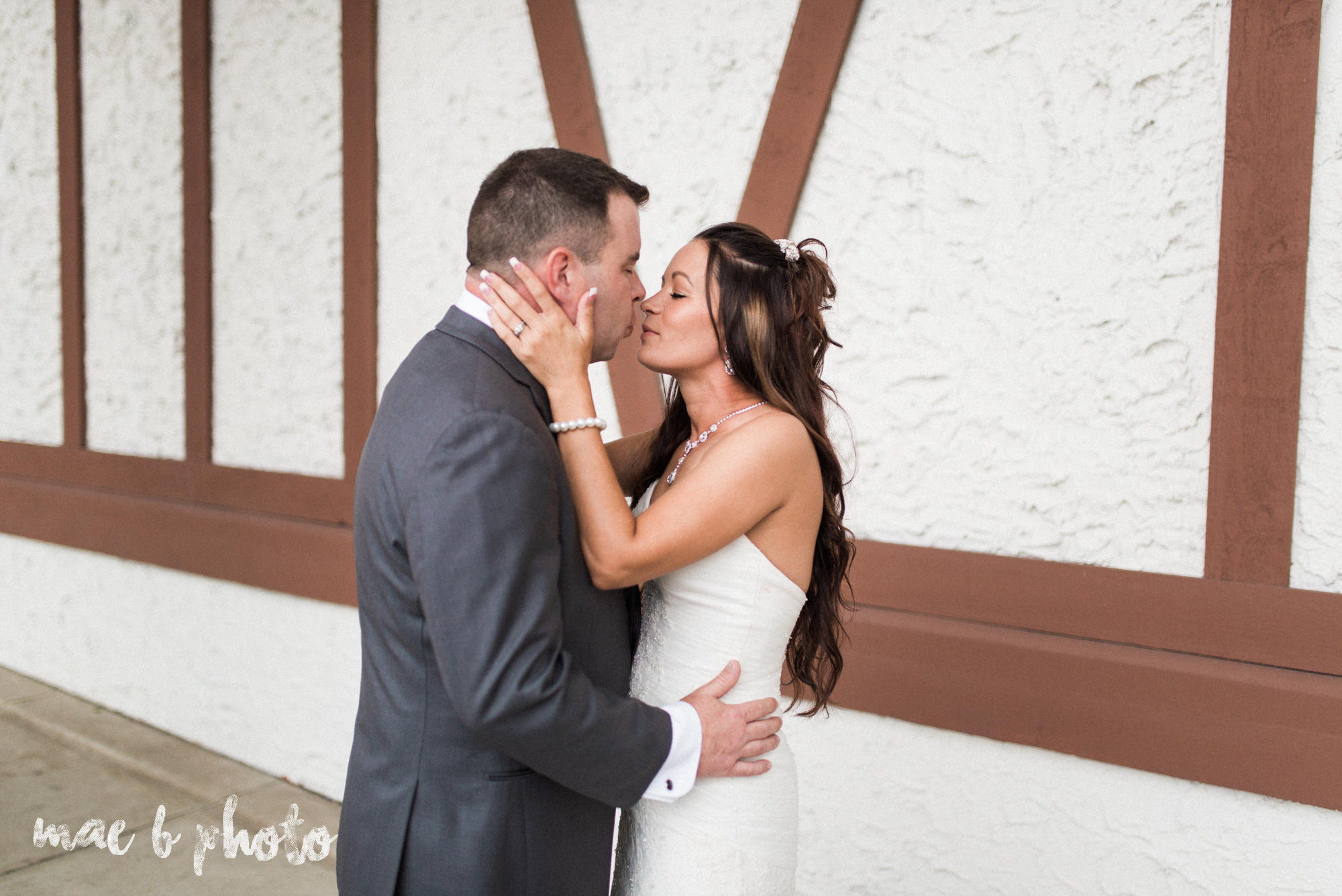 kristy and matt's summer wedding at the embassy in youngstown ohio photographed by youngstown wedding photographer mae b photo-15.jpg