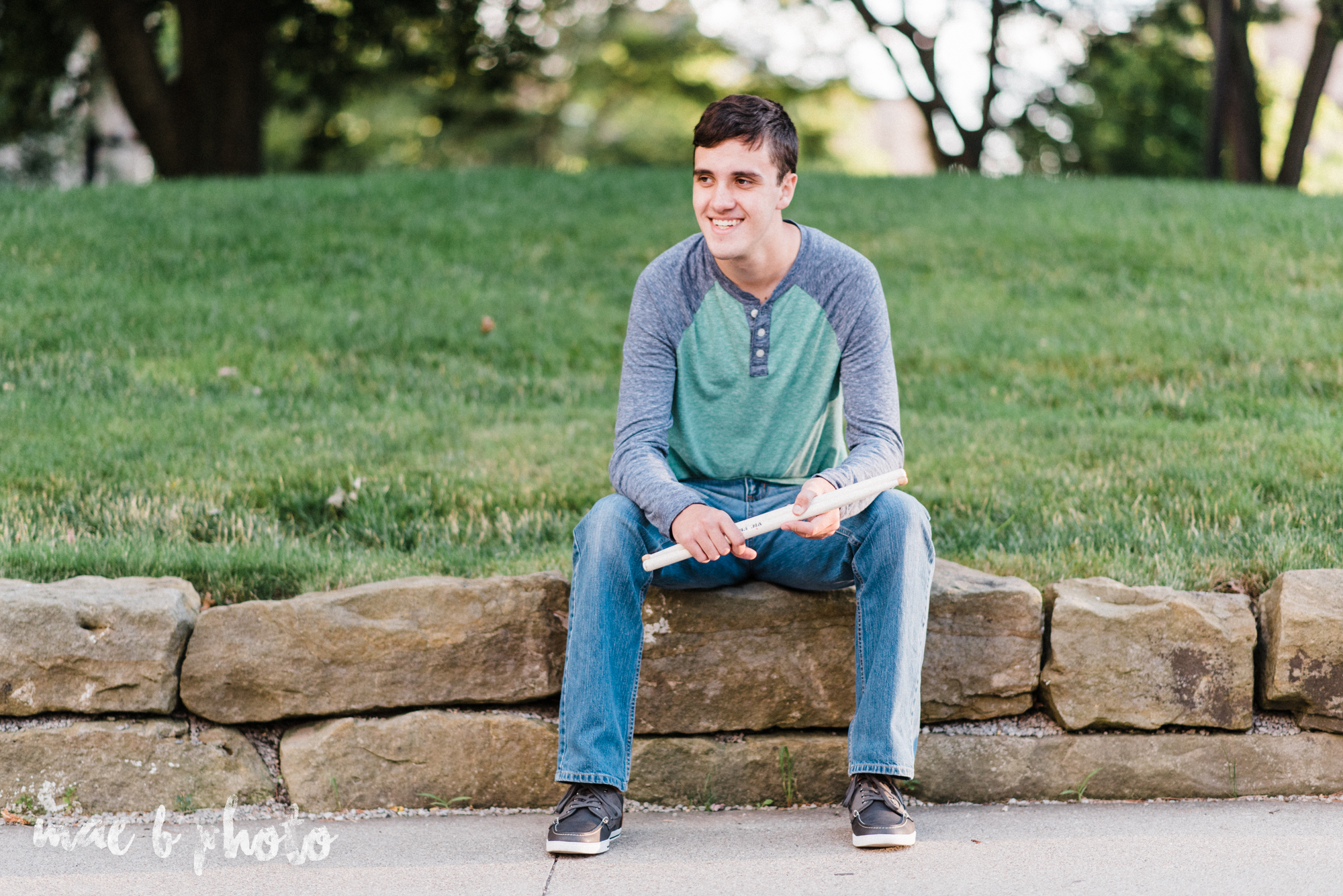 john's summer senior session at youngstown state university and the butler institute of american art in youngstown ohio photographed by youngstown wedding photographer mae b photo-15.jpg