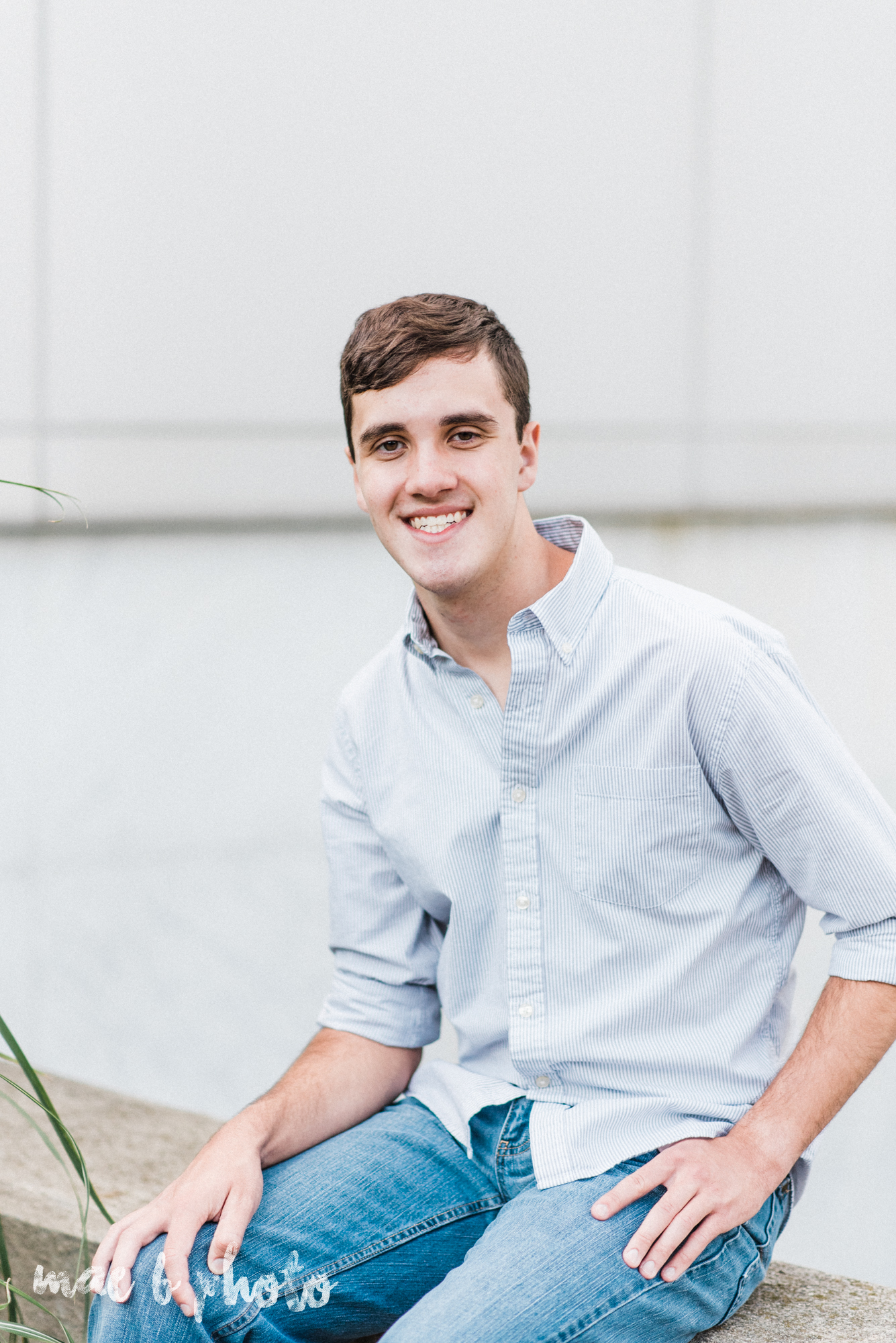 john's summer senior session at youngstown state university and the butler institute of american art in youngstown ohio photographed by youngstown wedding photographer mae b photo-7.jpg