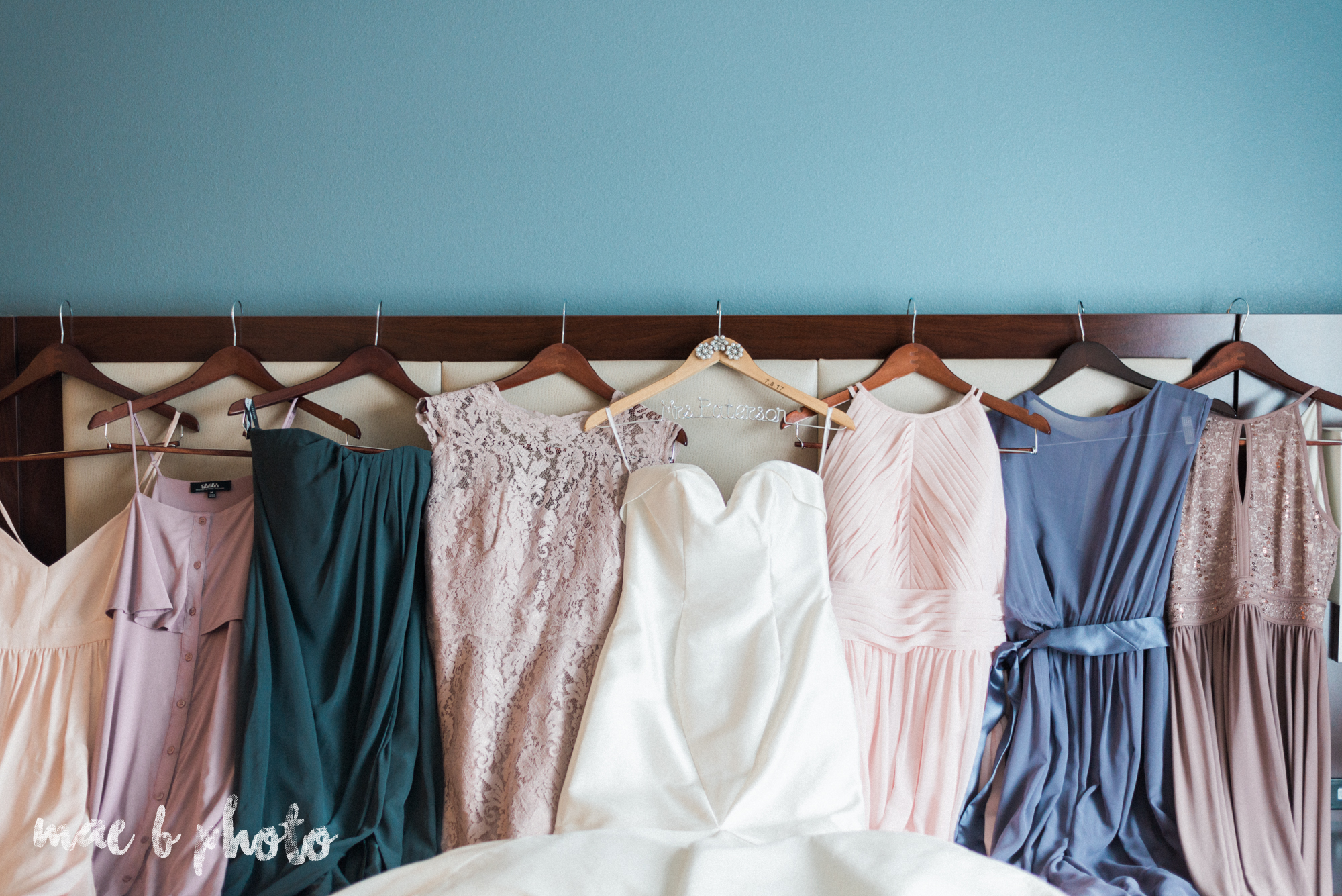 emily and michael's industrial chic summer country club wedding at the lake club in poland ohio photographed by cleveland wedding photographer mae b photo-21.jpg