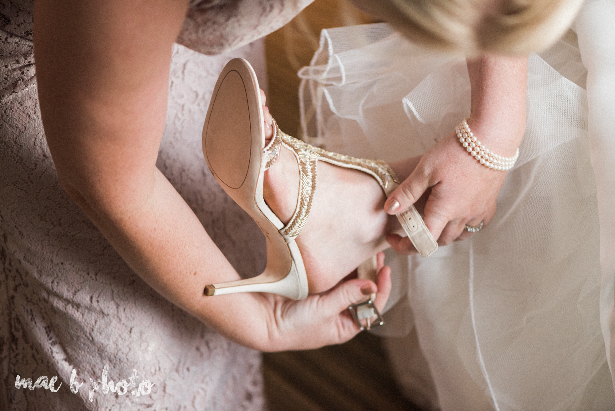 emily and michael's industrial chic summer country club wedding at the lake club in poland ohio photographed by cleveland wedding photographer mae b photo-38.jpg