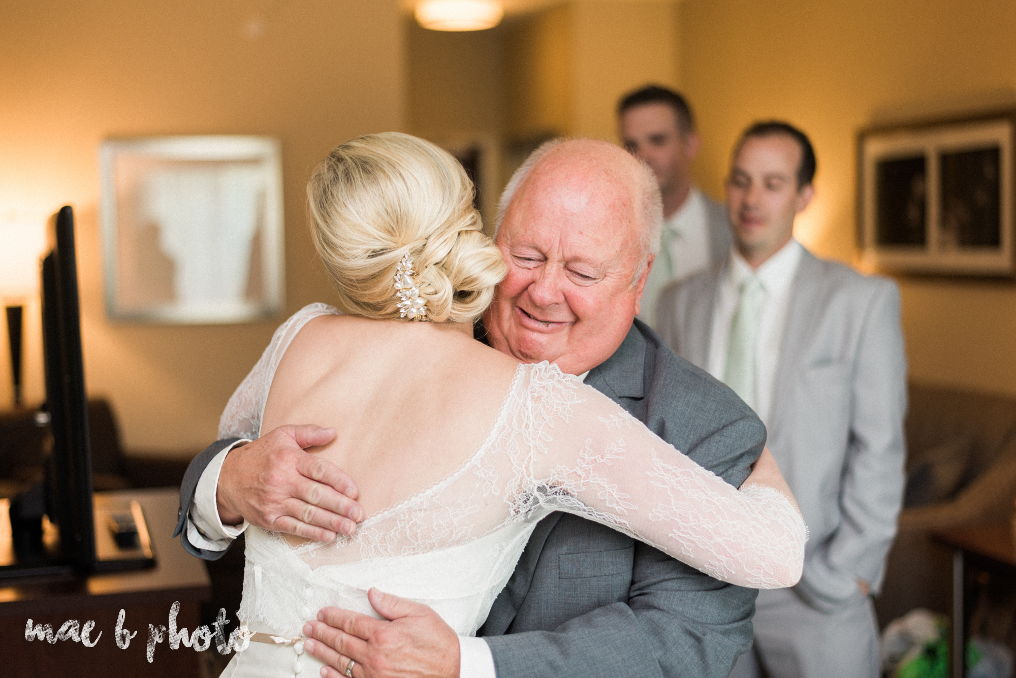 emily and michael's industrial chic summer country club wedding at the lake club in poland ohio photographed by cleveland wedding photographer mae b photo-44.jpg