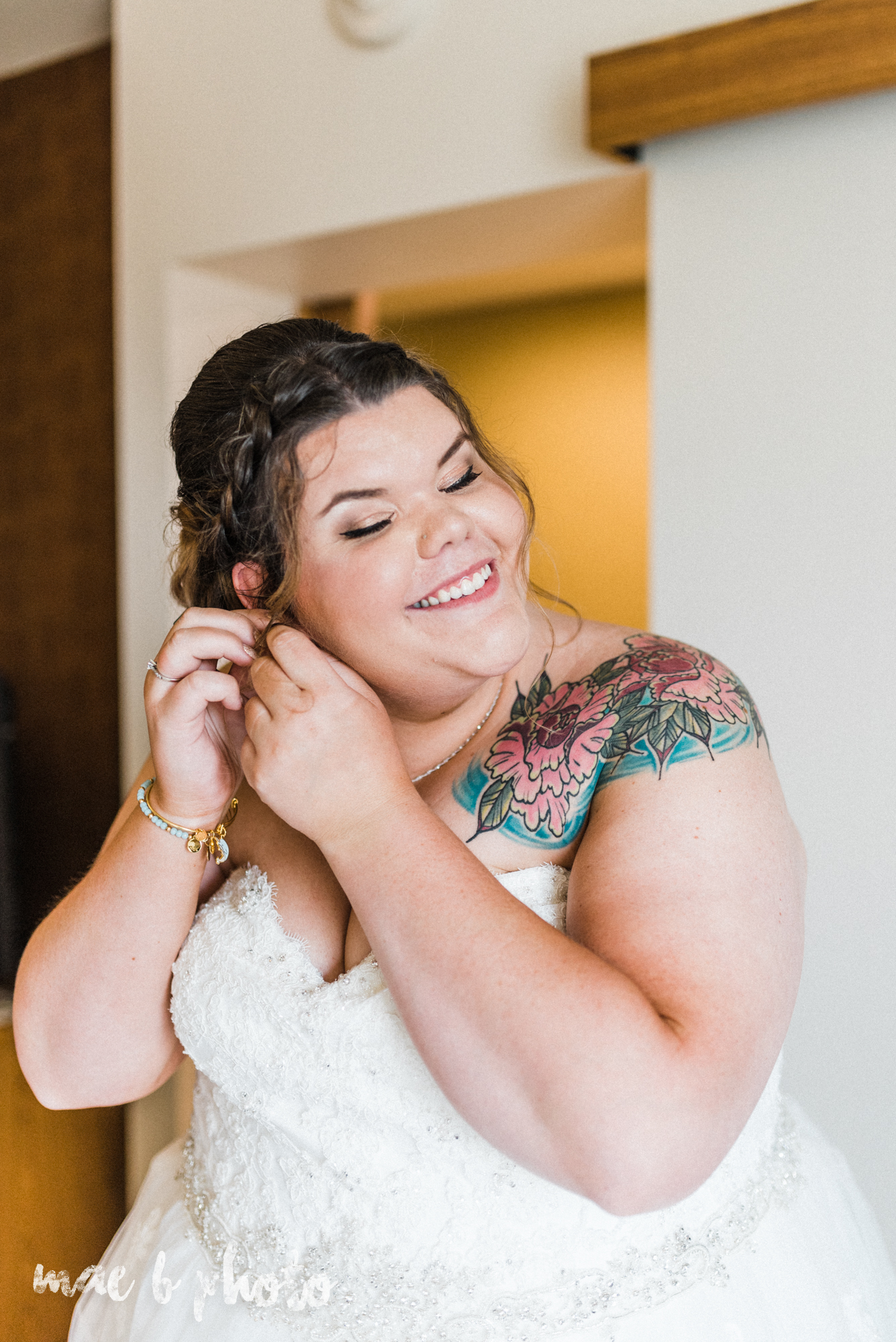 Kristina and ryan's personal vintage glam fall wedding at disalvo's station restaurant and the arnold palmer latrobe country club in latrobe, pa photographed by youngstown wedding photographer mae b photo-16.jpg