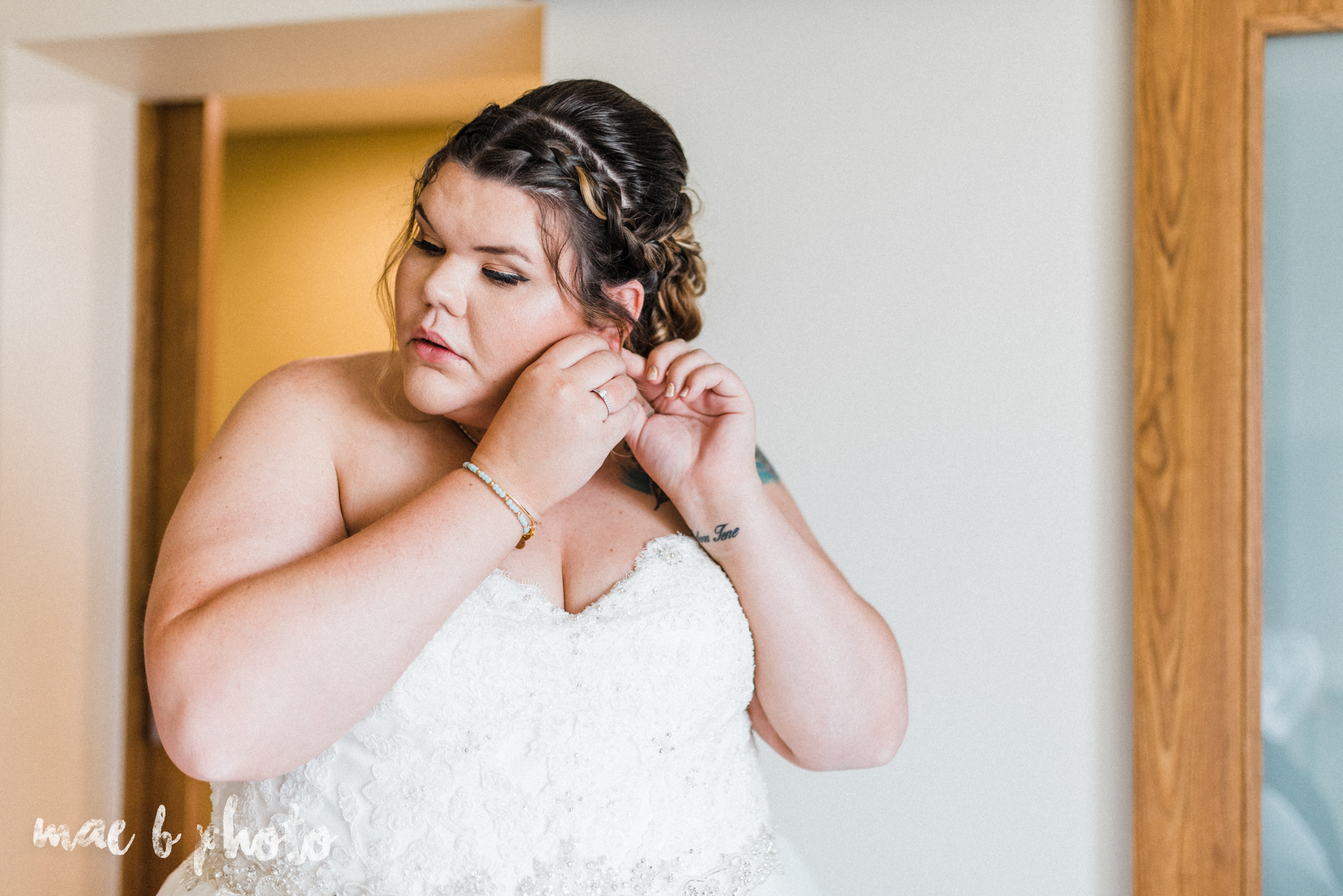 Kristina and ryan's personal vintage glam fall wedding at disalvo's station restaurant and the arnold palmer latrobe country club in latrobe, pa photographed by youngstown wedding photographer mae b photo-15.jpg