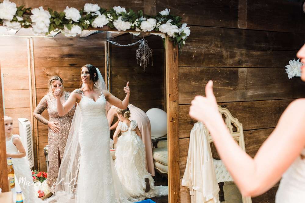 chelsea and jared's simple and elegant rustic barn wedding at my wish weddings in new springfield ohio photographed by youngstown wedding photographer mae b photo-32.jpg