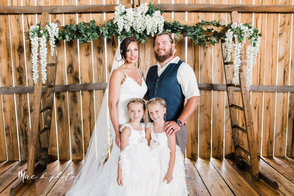chelsea and jared's simple and elegant rustic barn wedding at my wish weddings in new springfield ohio photographed by youngstown wedding photographer mae b photo-61.jpg