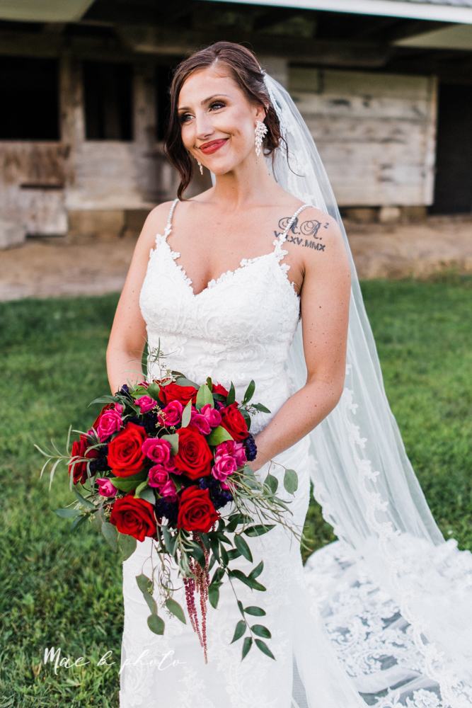 chelsea and jared's simple and elegant rustic barn wedding at my wish weddings in new springfield ohio photographed by youngstown wedding photographer mae b photo-97.jpg