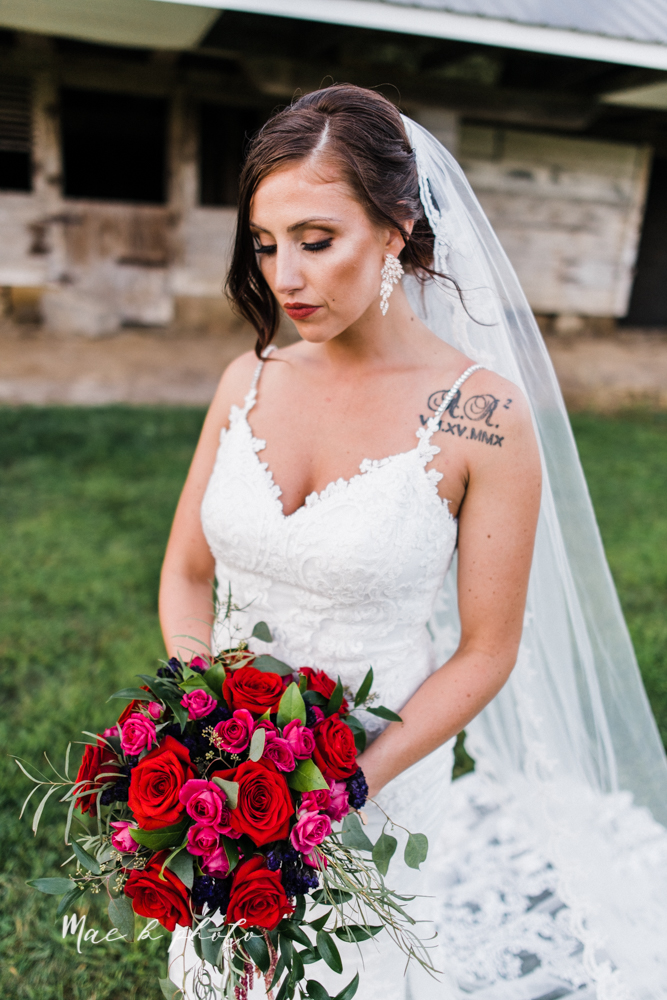 chelsea and jared's simple and elegant rustic barn wedding at my wish weddings in new springfield ohio photographed by youngstown wedding photographer mae b photo-96.jpg