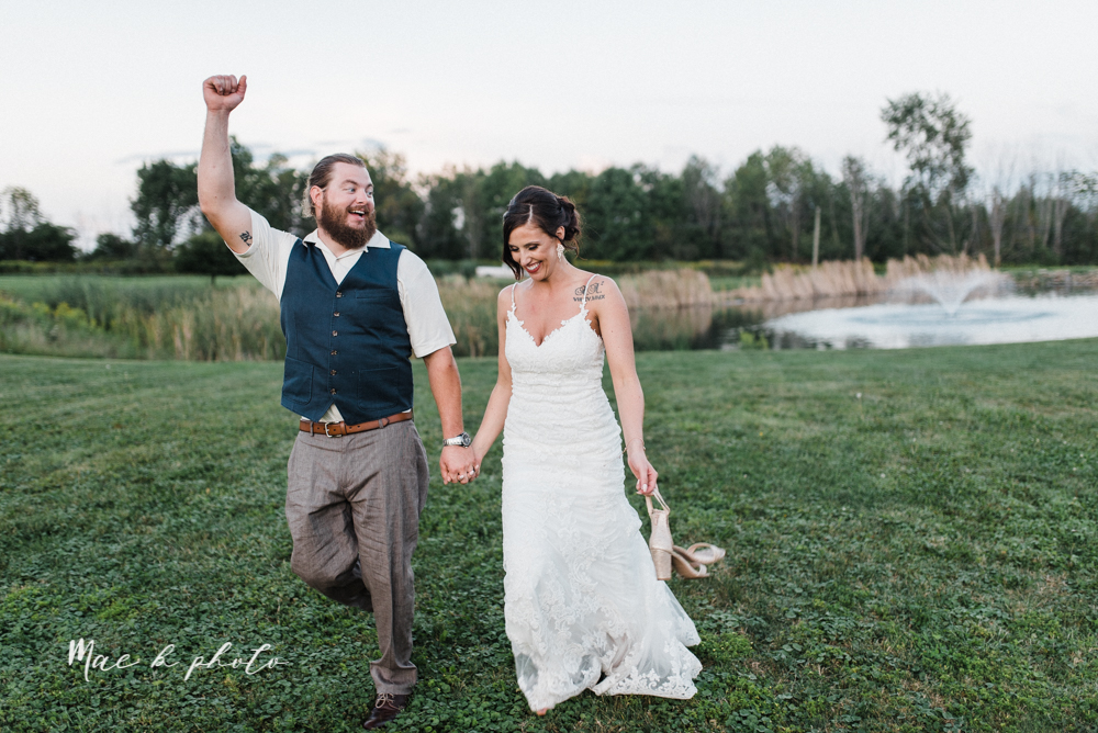 chelsea and jared's simple and elegant rustic barn wedding at my wish weddings in new springfield ohio photographed by youngstown wedding photographer mae b photo-145.jpg
