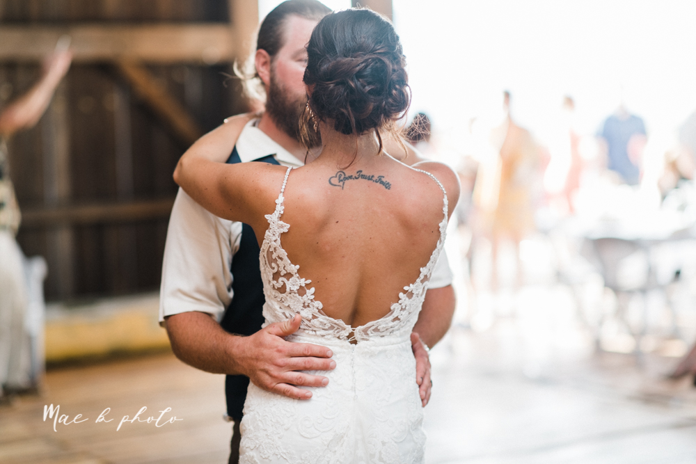 chelsea and jared's simple and elegant rustic barn wedding at my wish weddings in new springfield ohio photographed by youngstown wedding photographer mae b photo-109.jpg