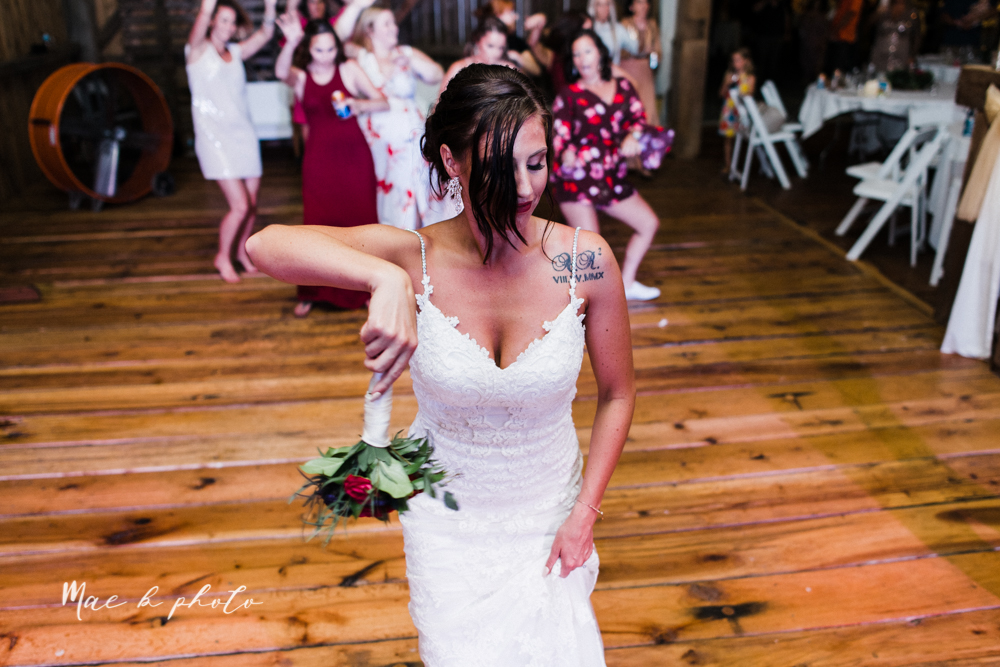 chelsea and jared's simple and elegant rustic barn wedding at my wish weddings in new springfield ohio photographed by youngstown wedding photographer mae b photo-160.jpg